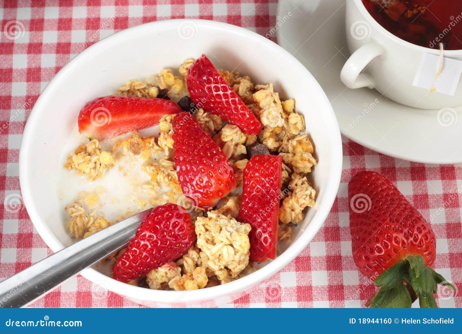 τσάι φραουλών φλυτζανιών &delt