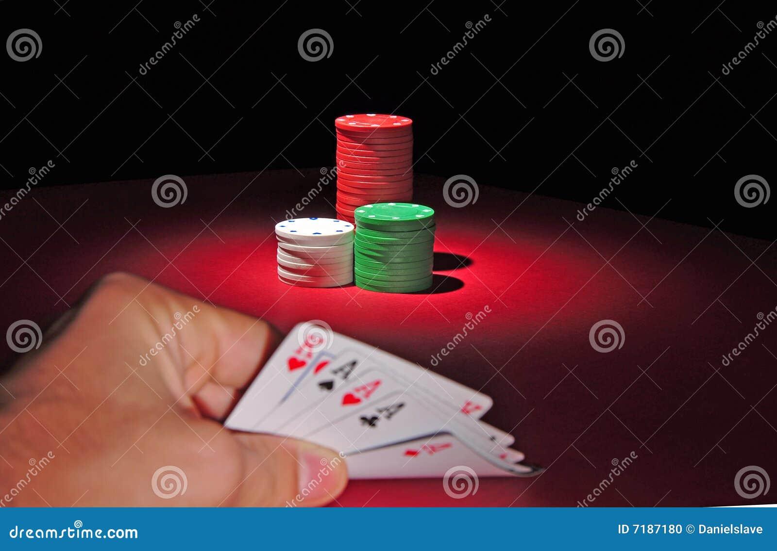 τσιπ τέσσερα καλό πόκερ