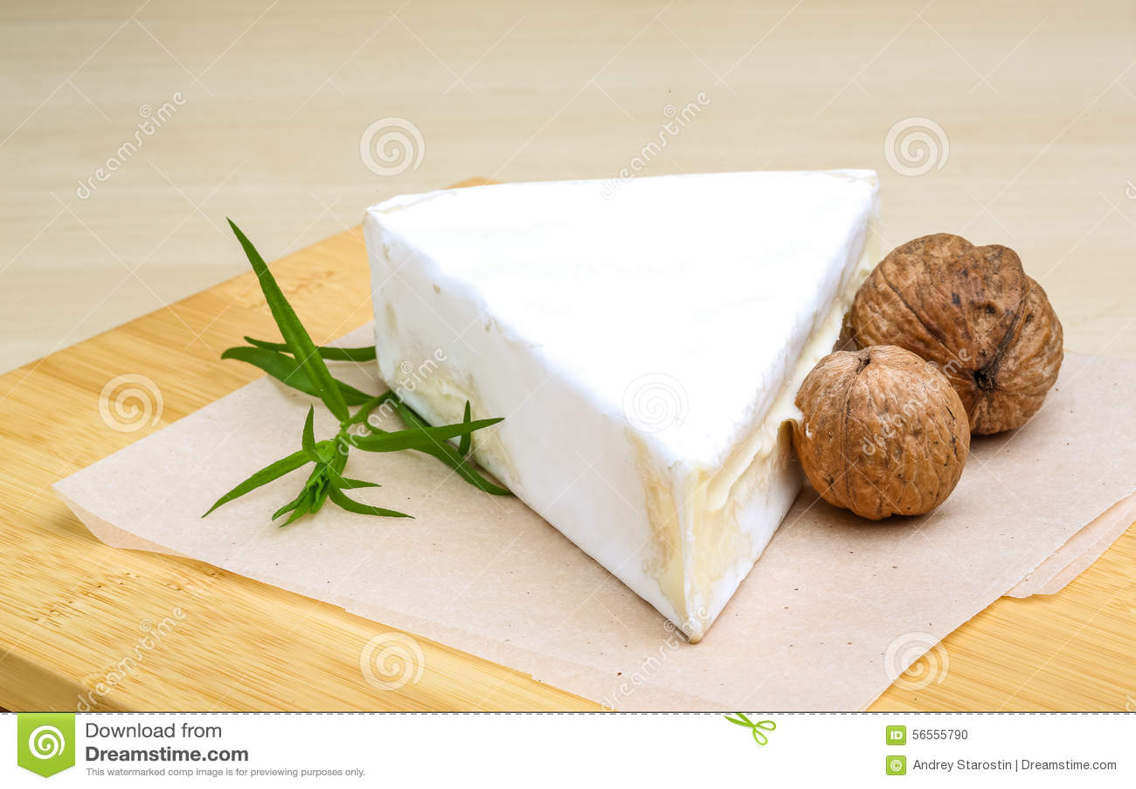 Download Τυρί της Brie στοκ εικόνες. εικόνα από διακοπής, ορέξεων - 56555790