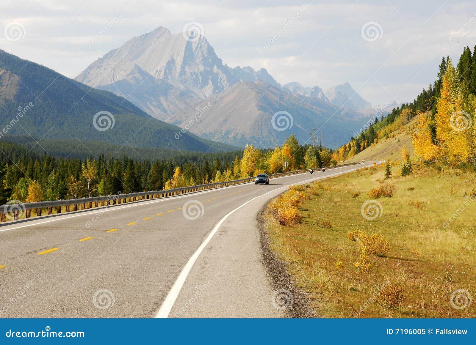 τύλιγμα βουνών εθνικών οδώ&