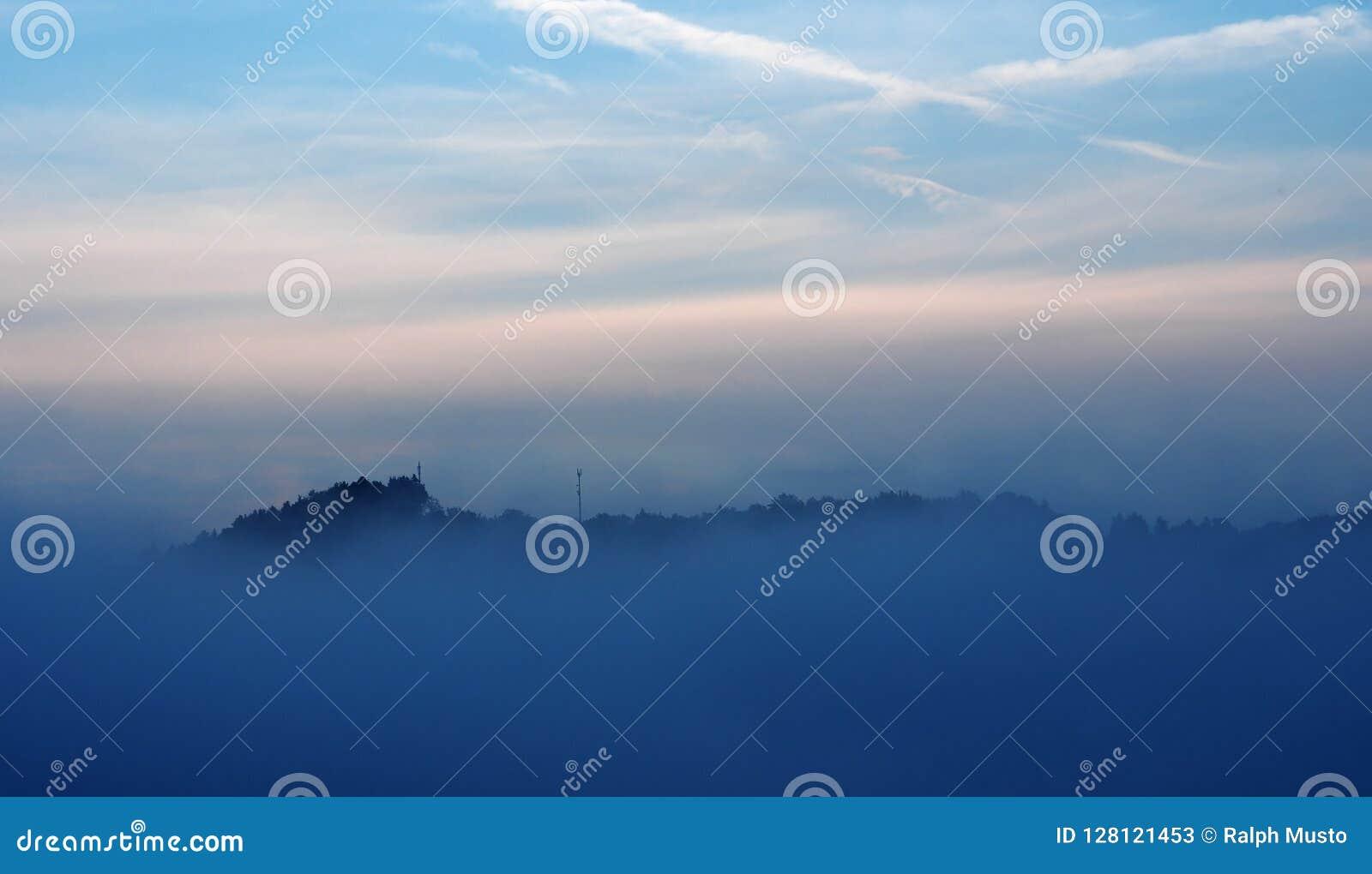 Υδρονέφωση και σύννεφα βραδιού