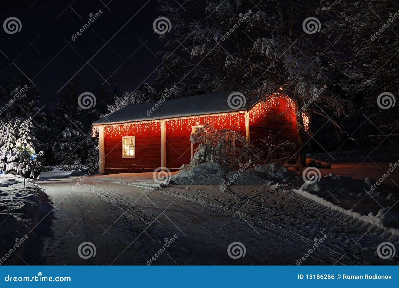 Υπέροχα διακοσμημένο σπίτι Χριστουγέννων
