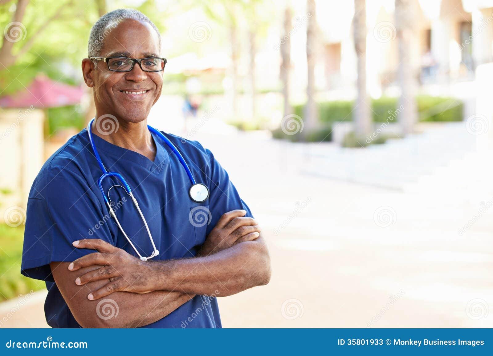 Υπαίθριο πορτρέτο νοσοκόμος