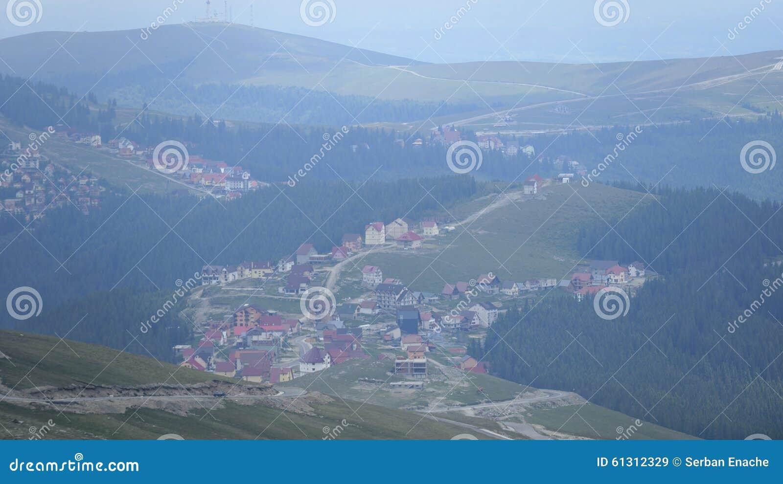 Υπερυψωμένο χωριό Runcu, Ρουμανία