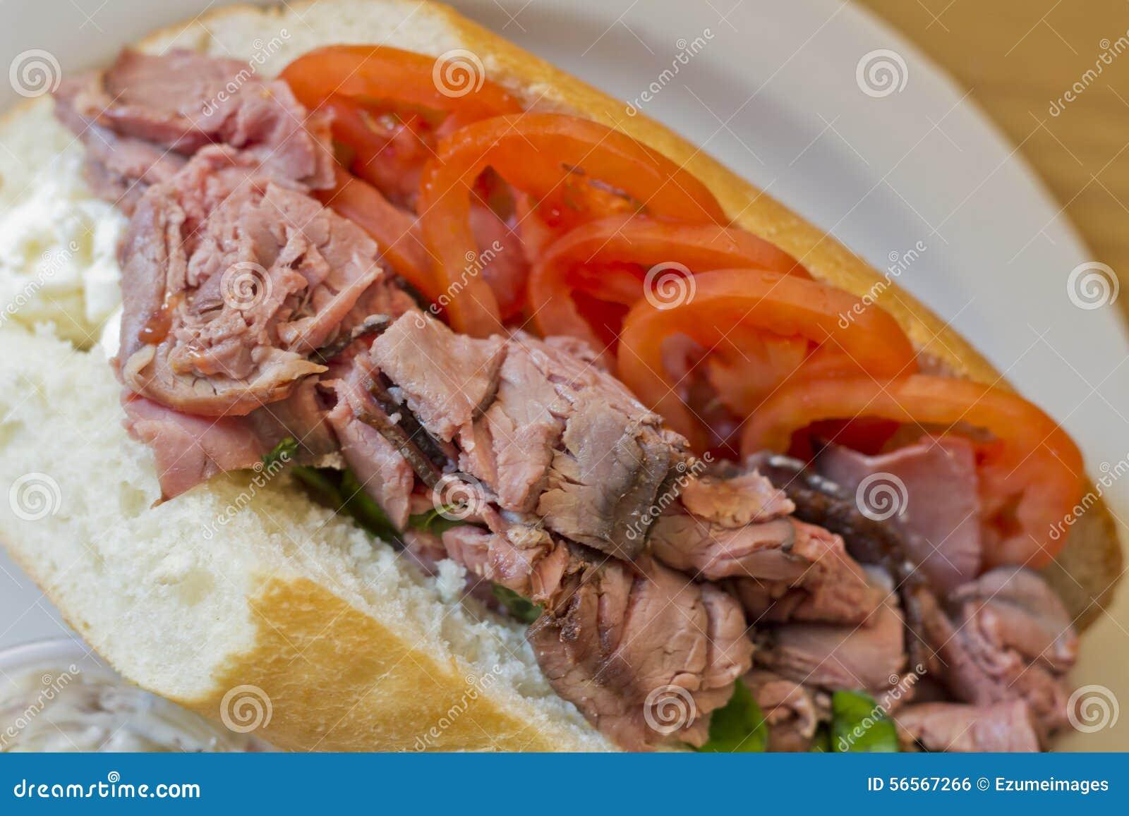 Download Υπο- σάντουιτς βόειου κρέατος ψητού Στοκ Εικόνες - εικόνα από σιτηρέσιο, πλευρές: 56567266