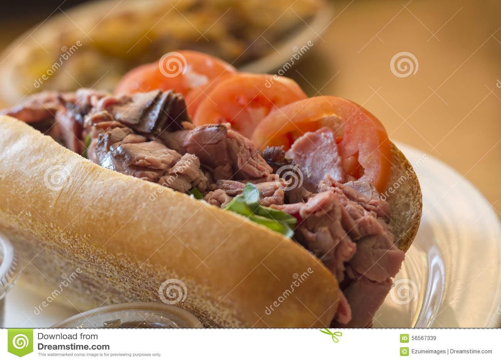 Download Υπο- σάντουιτς βόειου κρέατος ψητού Στοκ Εικόνα - εικόνα από πιάτο, ζυμαρικά: 56567339