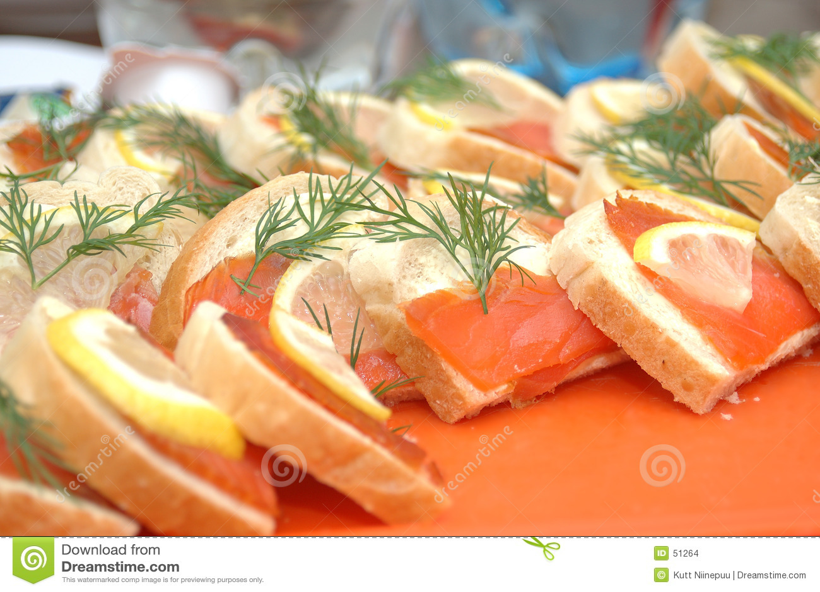 φέτες σολομών ψωμιού
