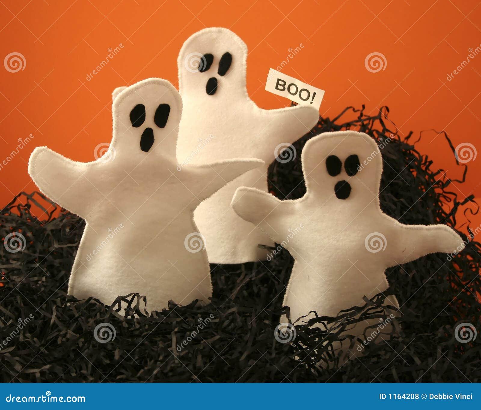 φαντάσματα αποκριές τρία