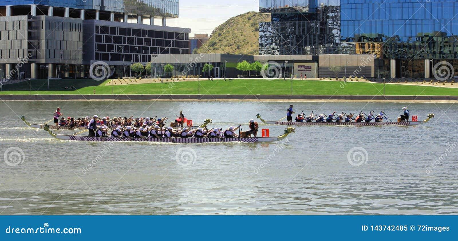 Φεστιβάλ βαρκών δράκων στην πόλης λίμνη Αριζόνα 2019 Tempe