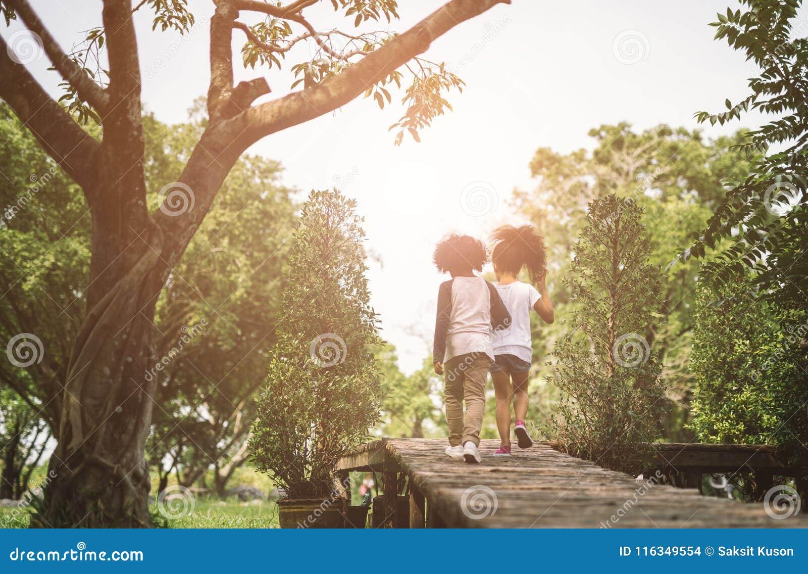 Φιλία παιδιών