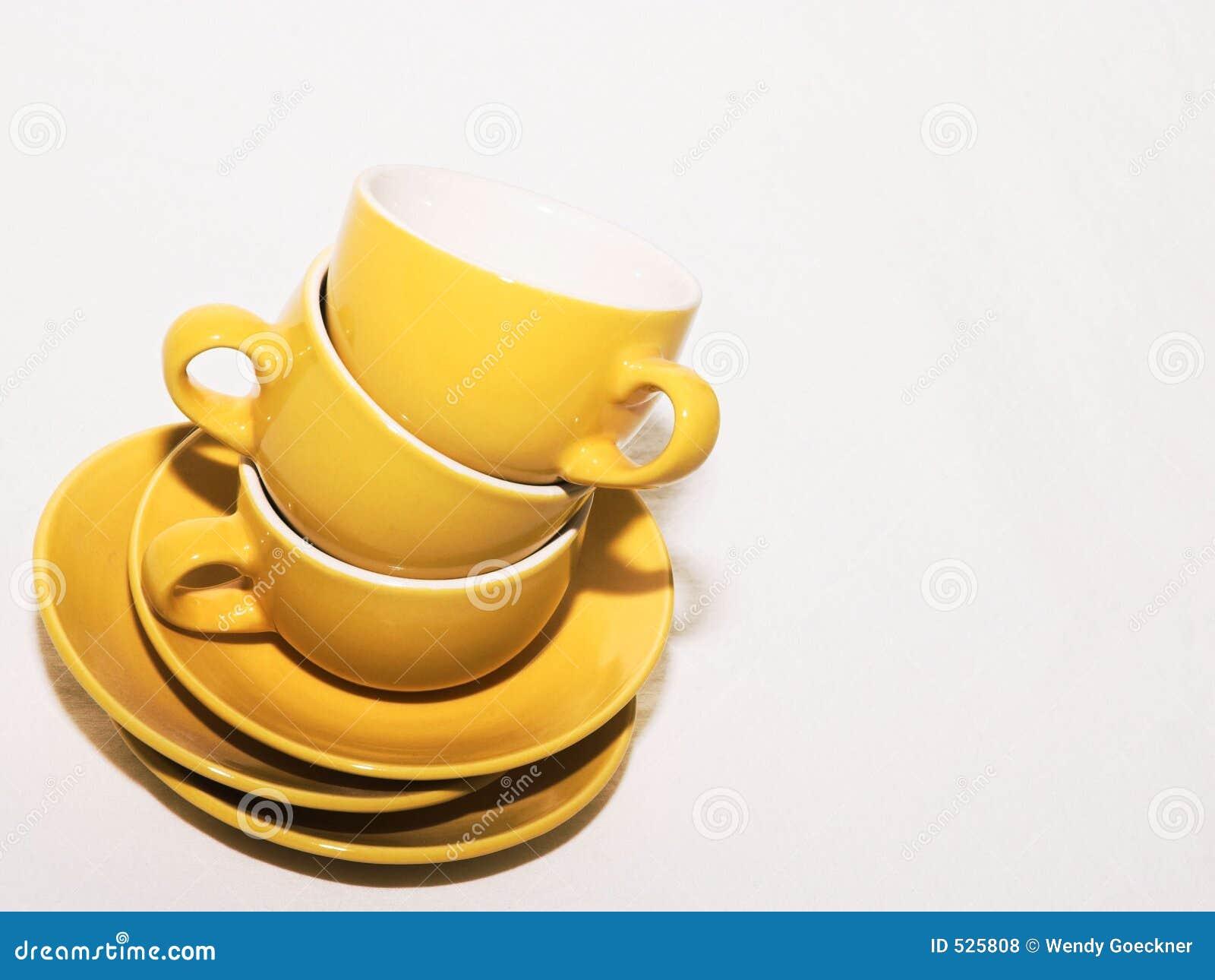 φλυτζάνια καφέ που συσσωρεύονται
