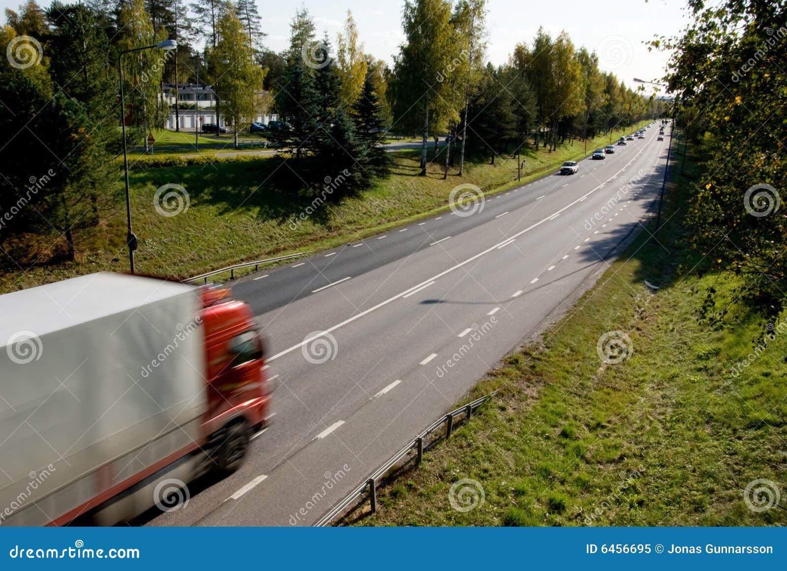 Φορτηγό στην κίνηση