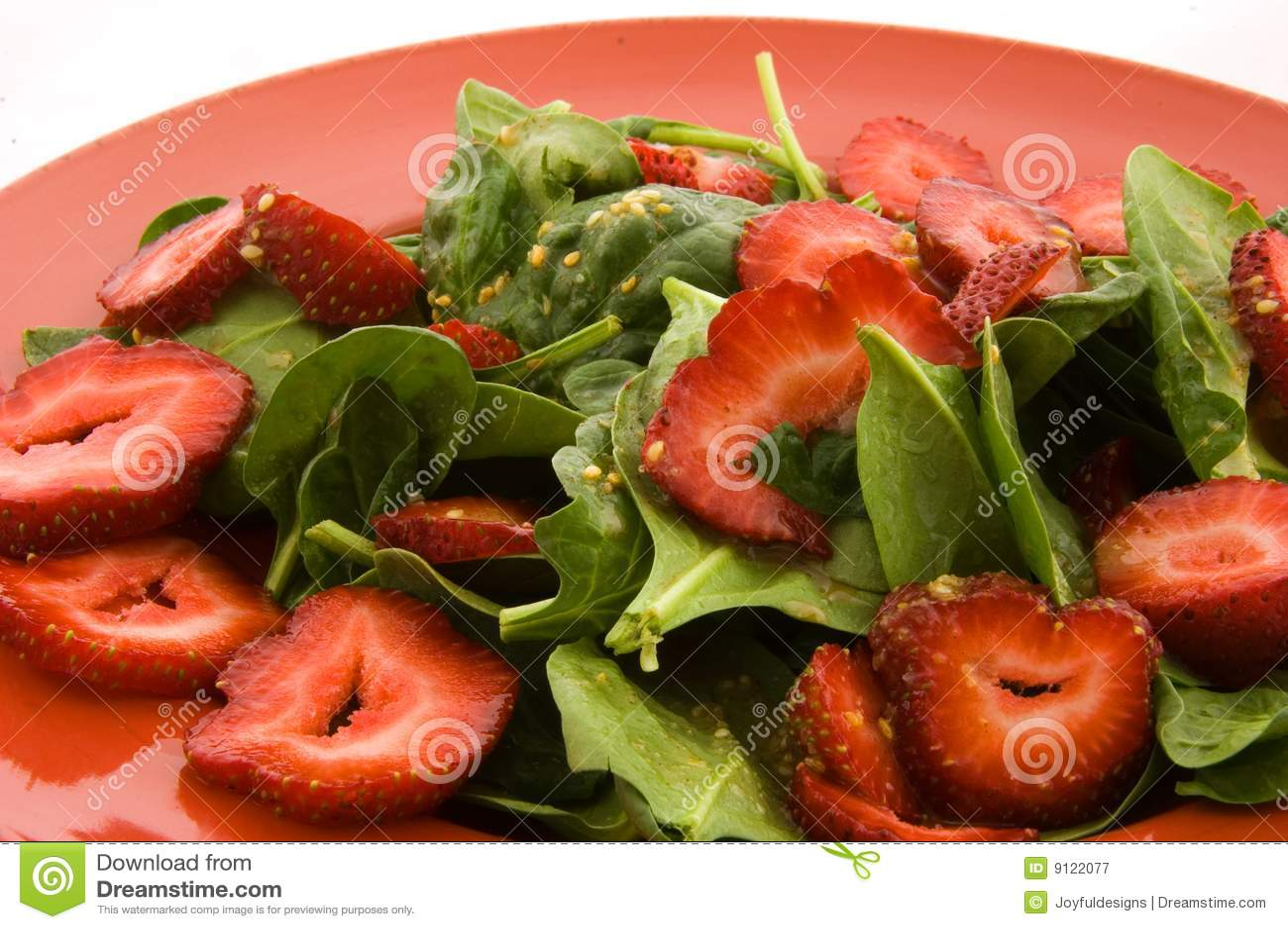 φράουλα σπανακιού σαλάτας
