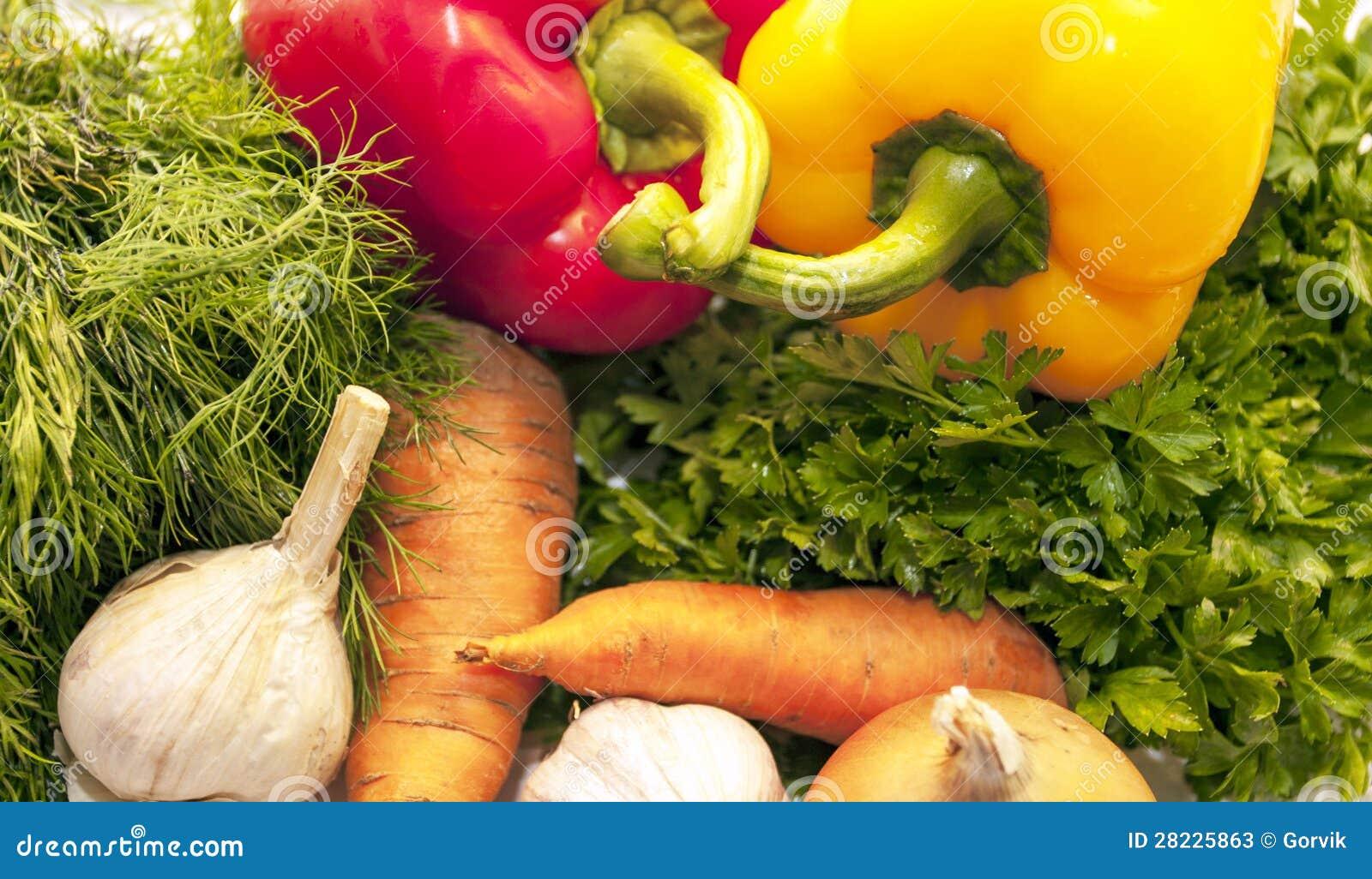 Φρέσκα λαχανικά και πράσινα