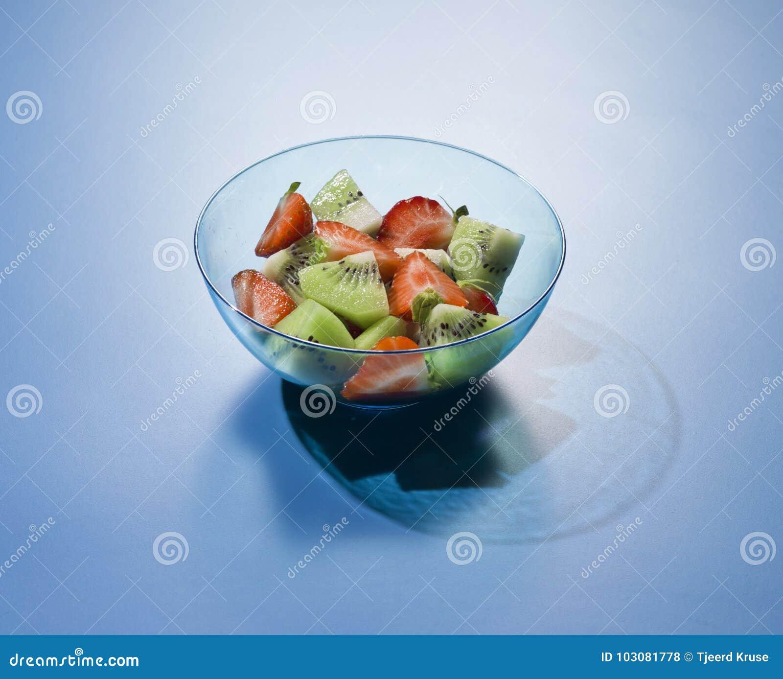 Φρέσκια μικτή τροπική σαλάτα φρούτων φρούτων