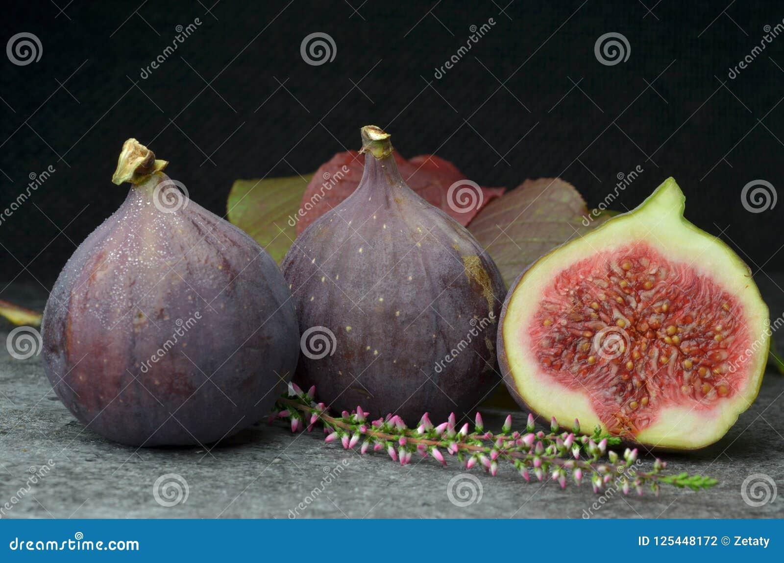 Φρέσκος οργανικός κατάλληλος βιο φρούτων σύκων