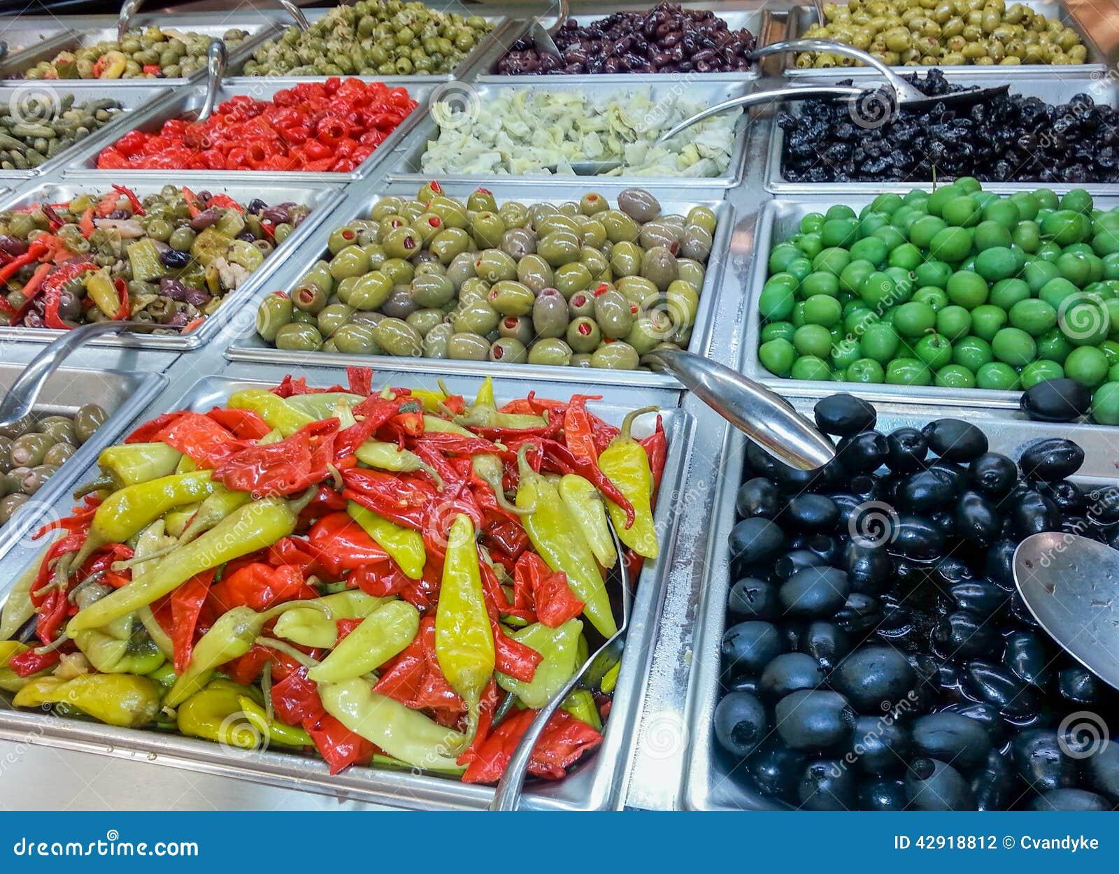 Φραγμός ελιών και πιπεριών