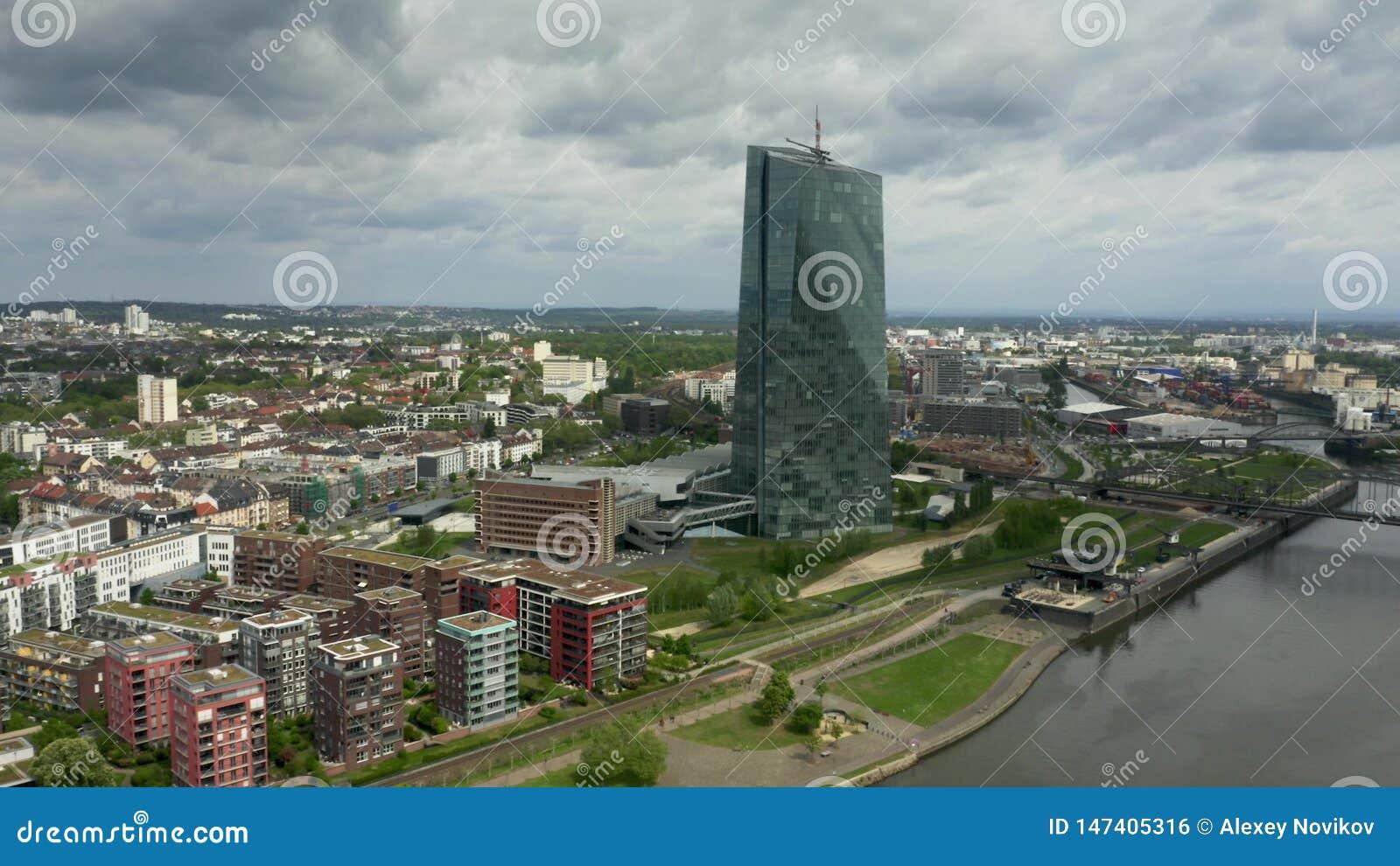 ΦΡΑΝΚΦΟΥΡΤΗ ΑΜ ΜΆΙΝ, ΓΕΡΜΑΝΙΑ - 29 ΑΠΡΙΛΊΟΥ 2019 Εναέρια άποψη της έδρας ΕΚΤ Ευρωπαϊκής Κεντρικής Τράπεζας