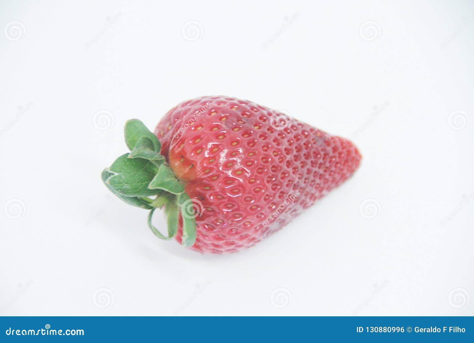 Φραουλών εύγευστα υγιεινά φρούτα Σάο Πάολο Βραζιλία βιταμινών τροφίμων απομονωμένα γεωργία