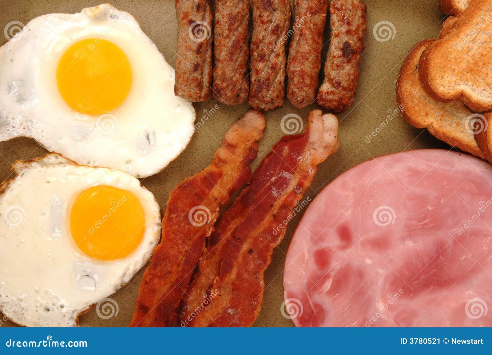 φρυγανιά ζαμπόν αυγών μπέϊκον