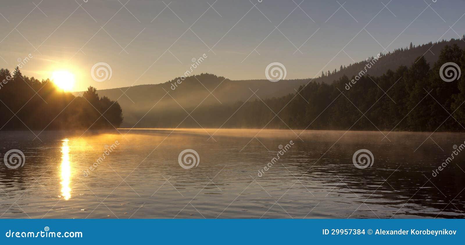 Dawn στον ποταμό