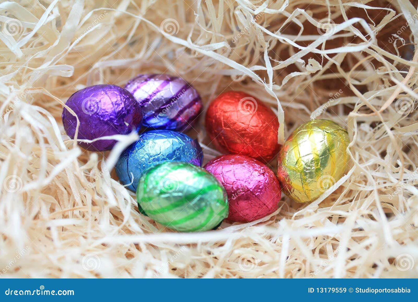 φωλιά αυγών σοκολάτας