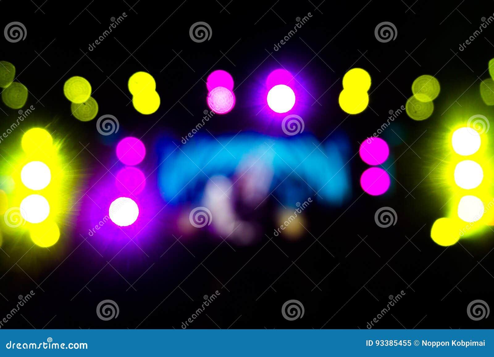 Φωτισμός συναυλίας ψυχαγωγίας Defocused στη σκηνή, παραμονή φεστιβάλ