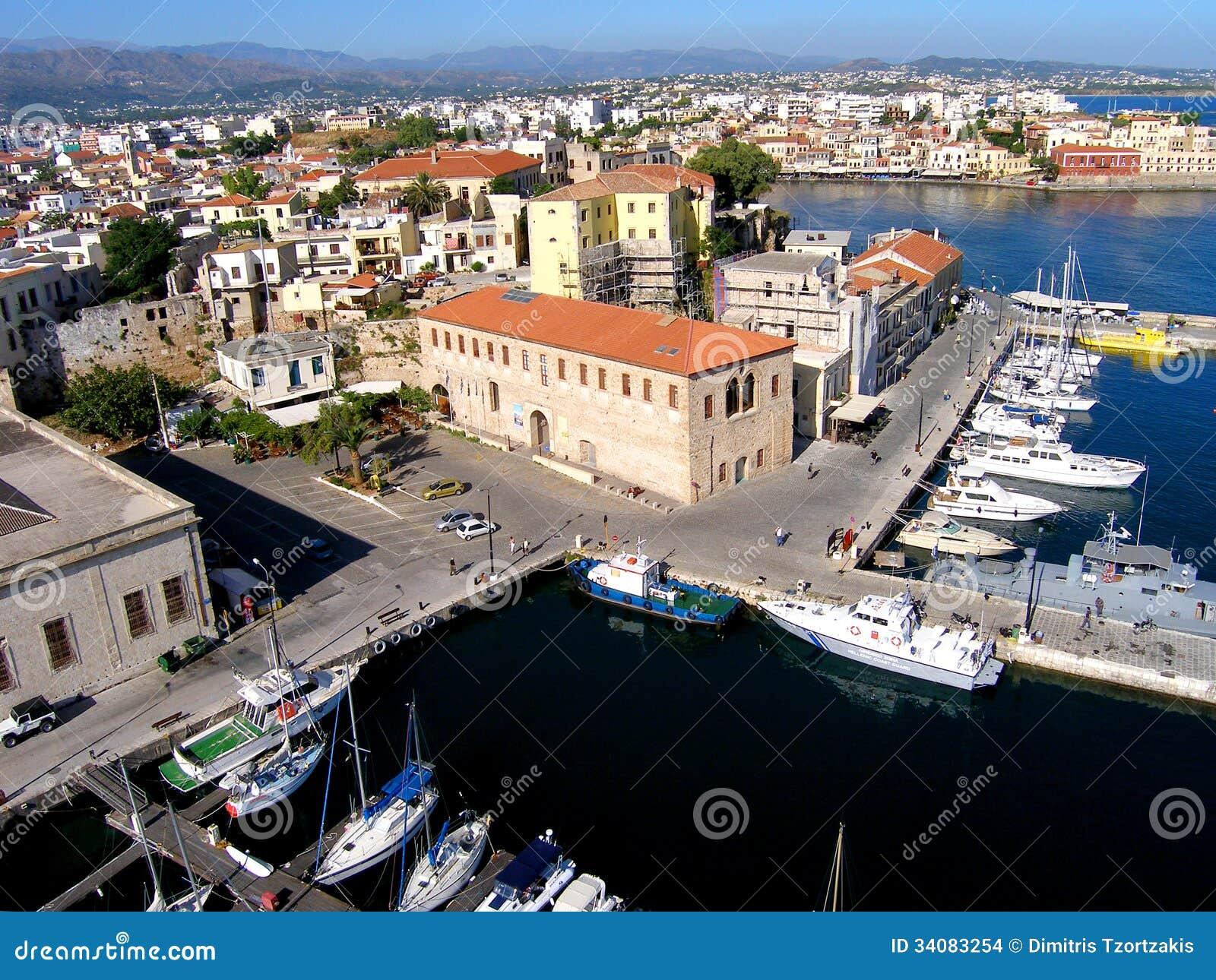 Φωτογραφία αέρα, πόλη Chania, παλαιά κωμόπολη, Κρήτη, Ελλάδα