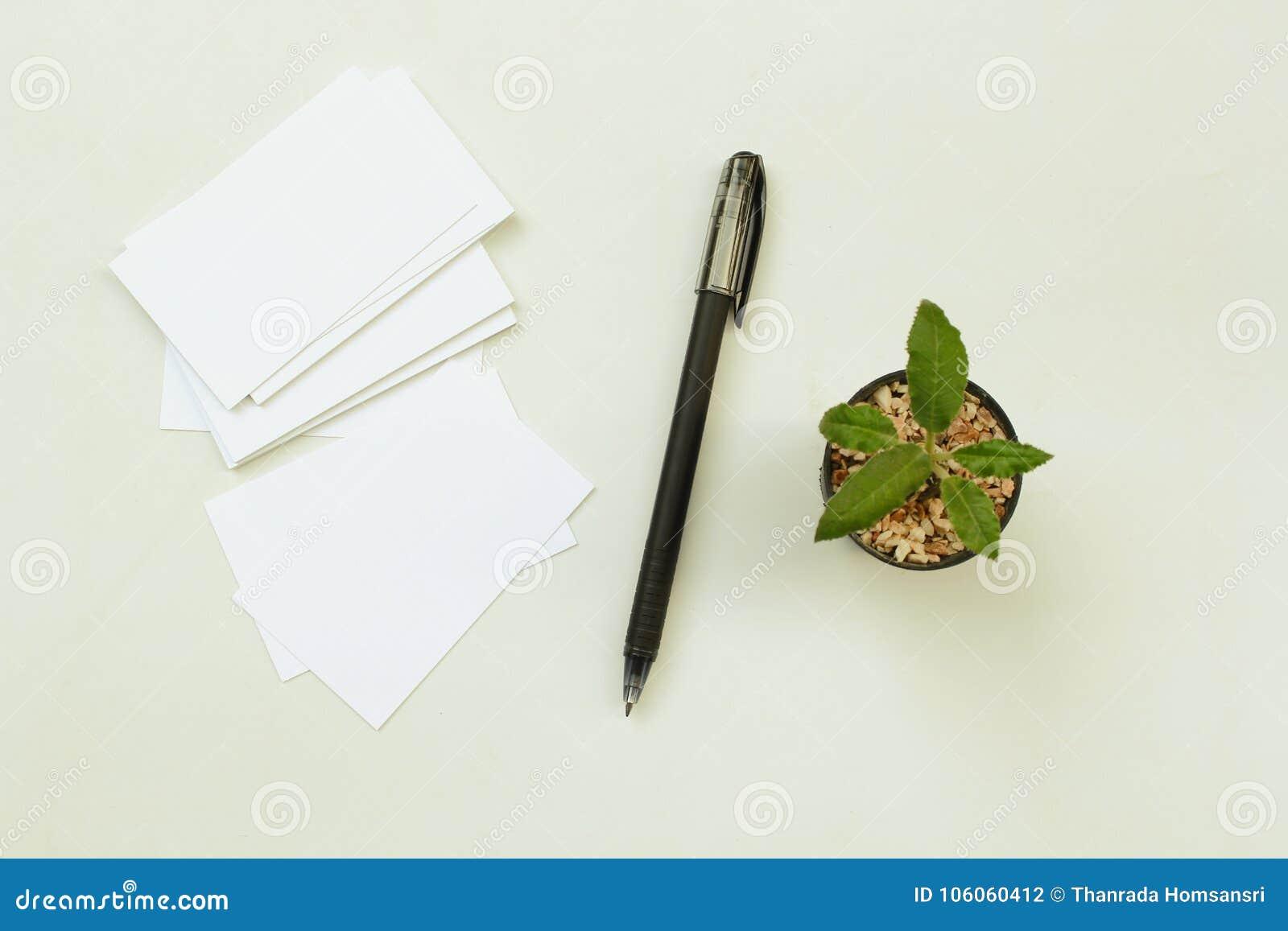 Φωτογραφία του σωρού επαγγελματικών καρτών