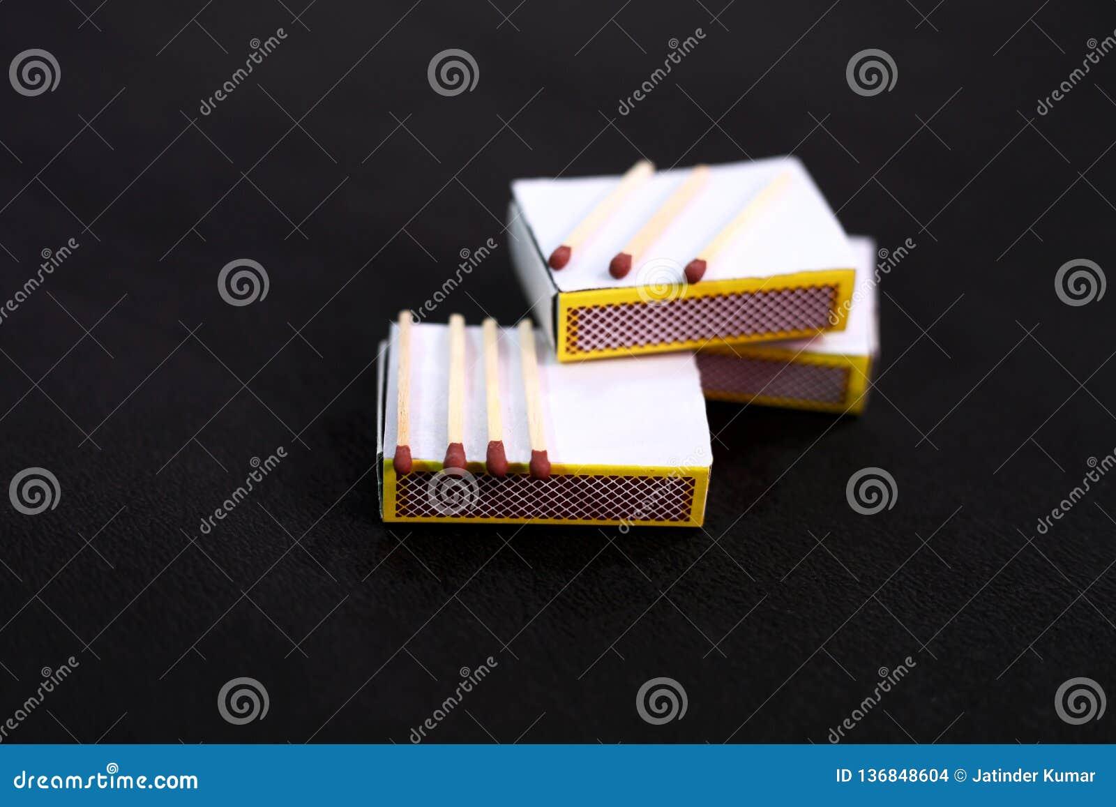 Φωτογραφία του matchstick στο κιβώτιο