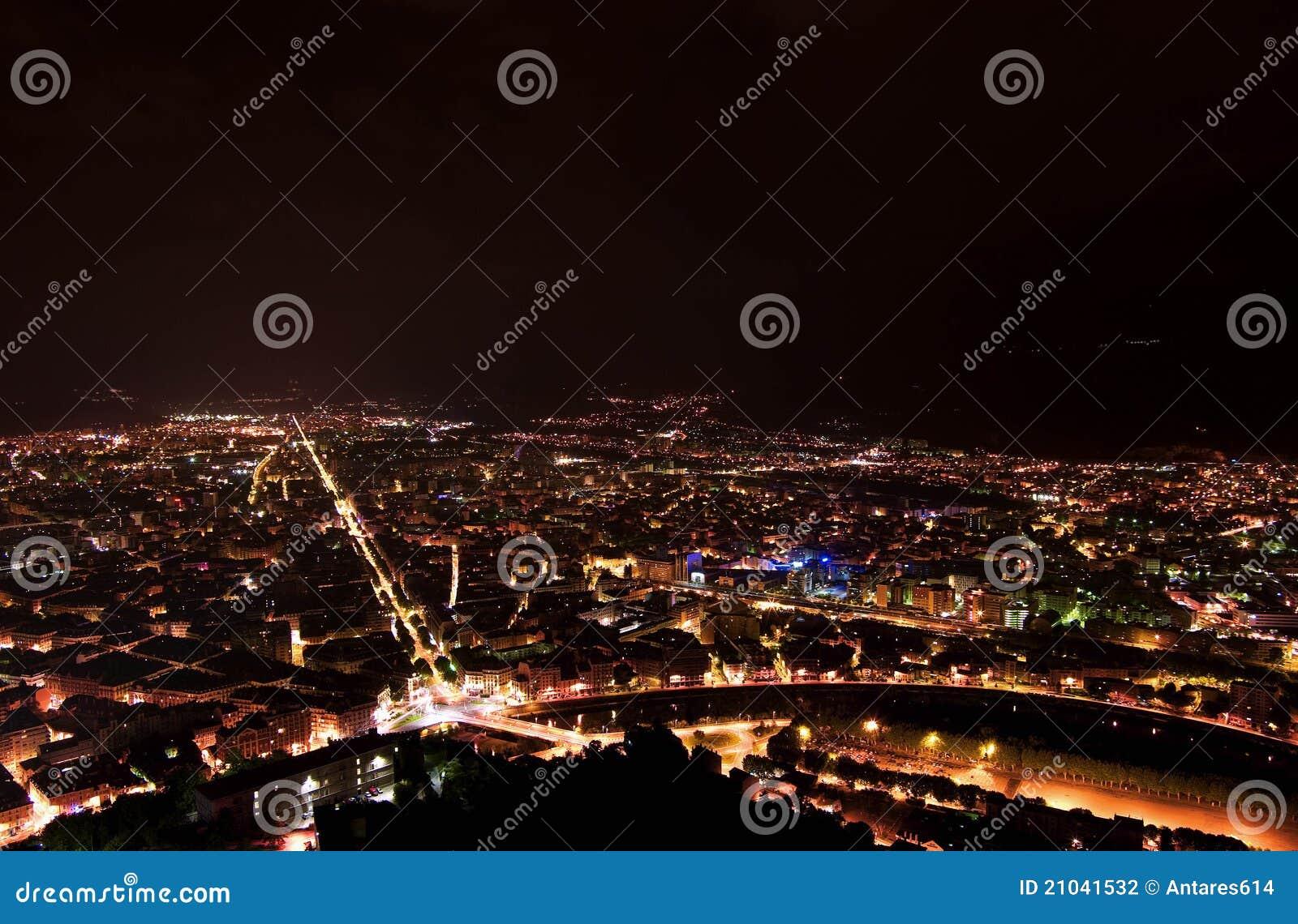 Φω τα πόλεων