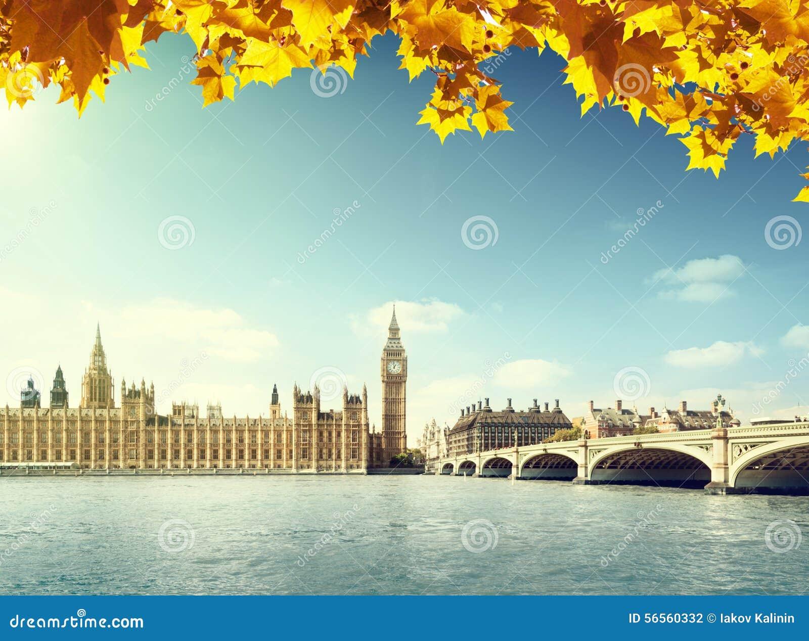 Download Φύλλα φθινοπώρου και Big Ben, Λονδίνο Στοκ Εικόνες - εικόνα από φθινοπώρου, ευρώπη: 56560332