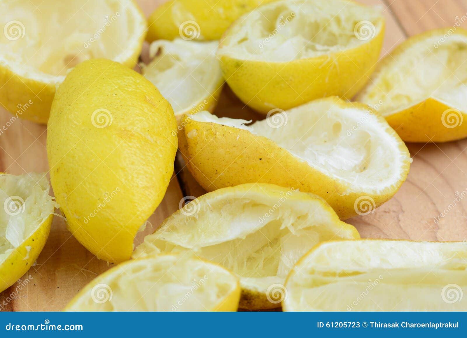 Φλούδα λεμονιών