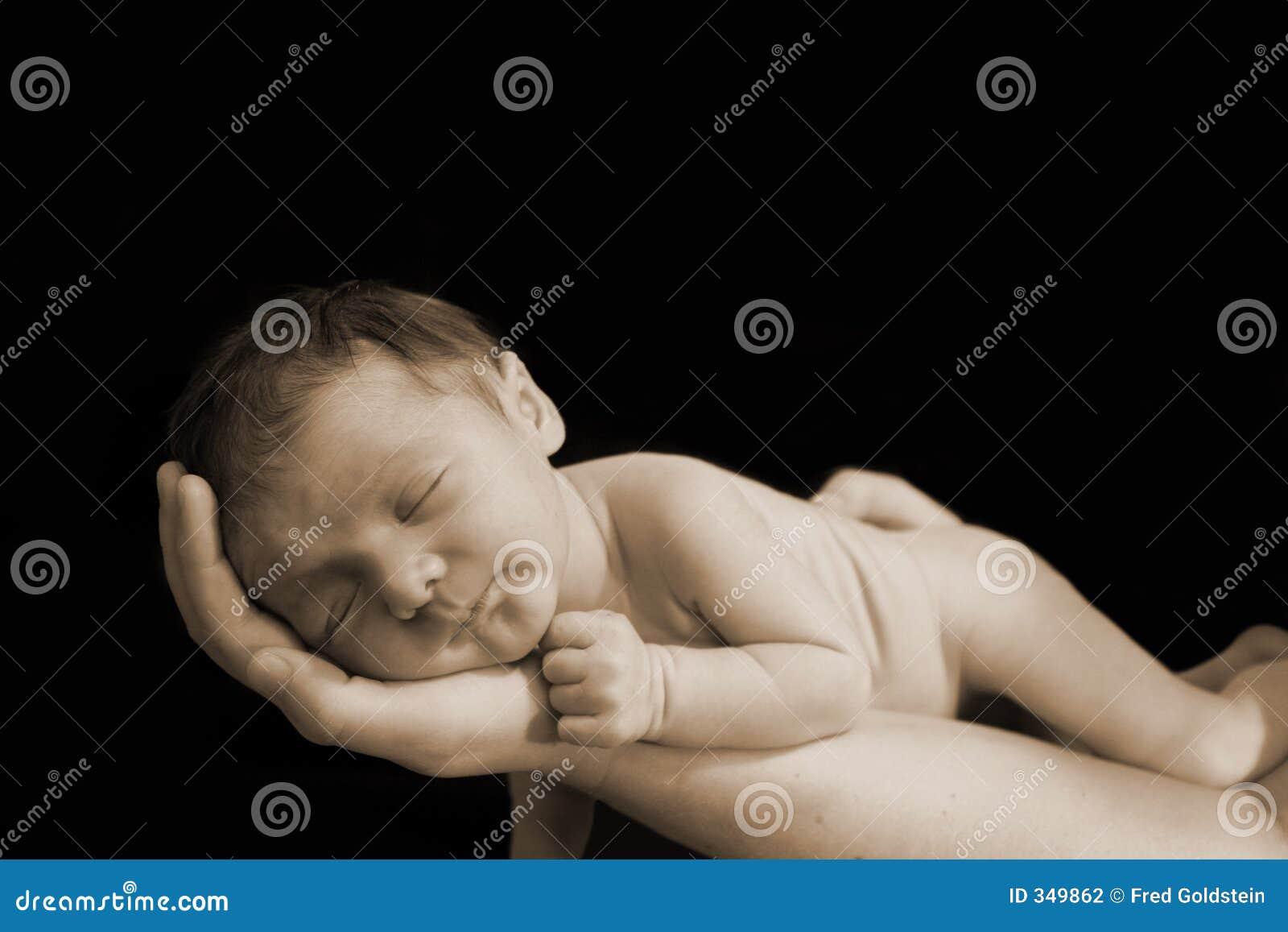 χέρι νεογέννητο