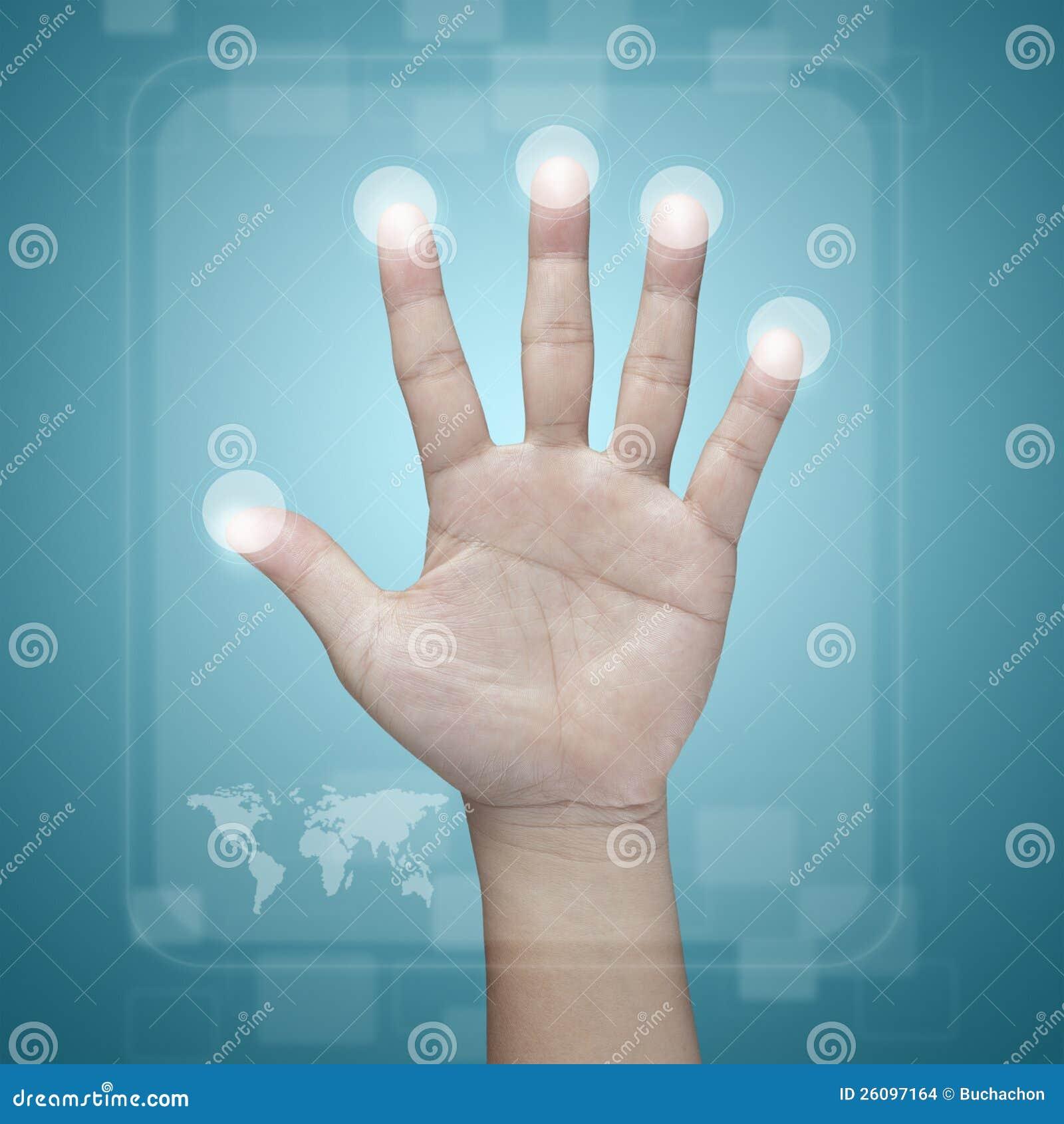 Χέρι που ωθεί σε μια διαπροσωπεία οθόνης αφής