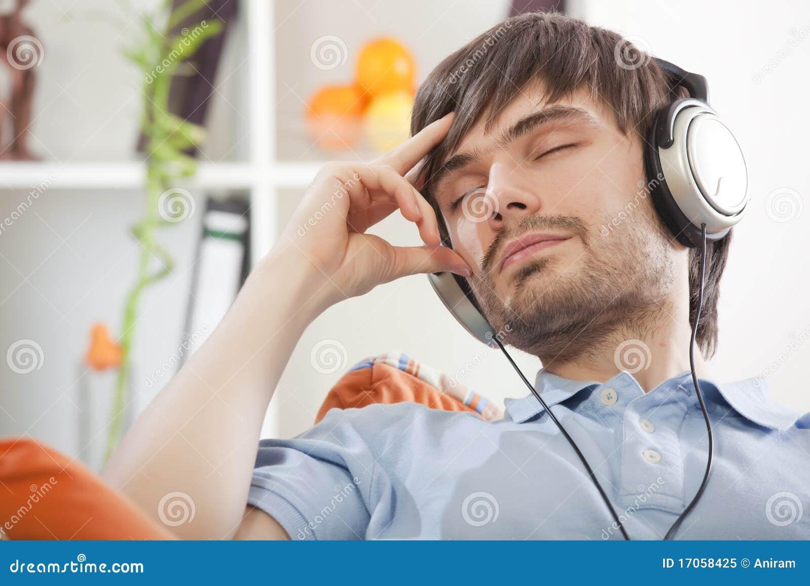 χαλάρωση ατόμων ακουστι&kapp