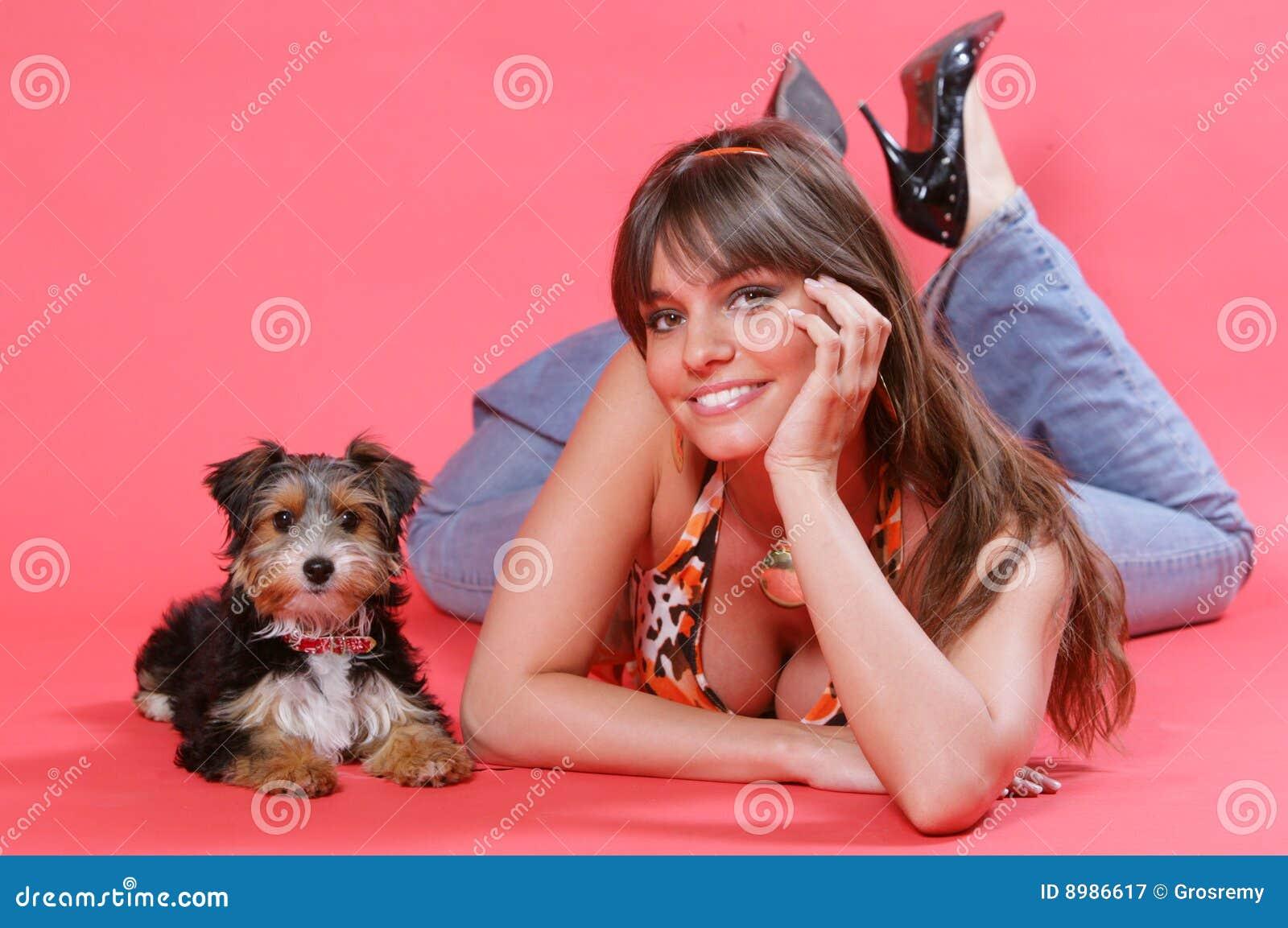 χαριτωμένο σκυλί 2