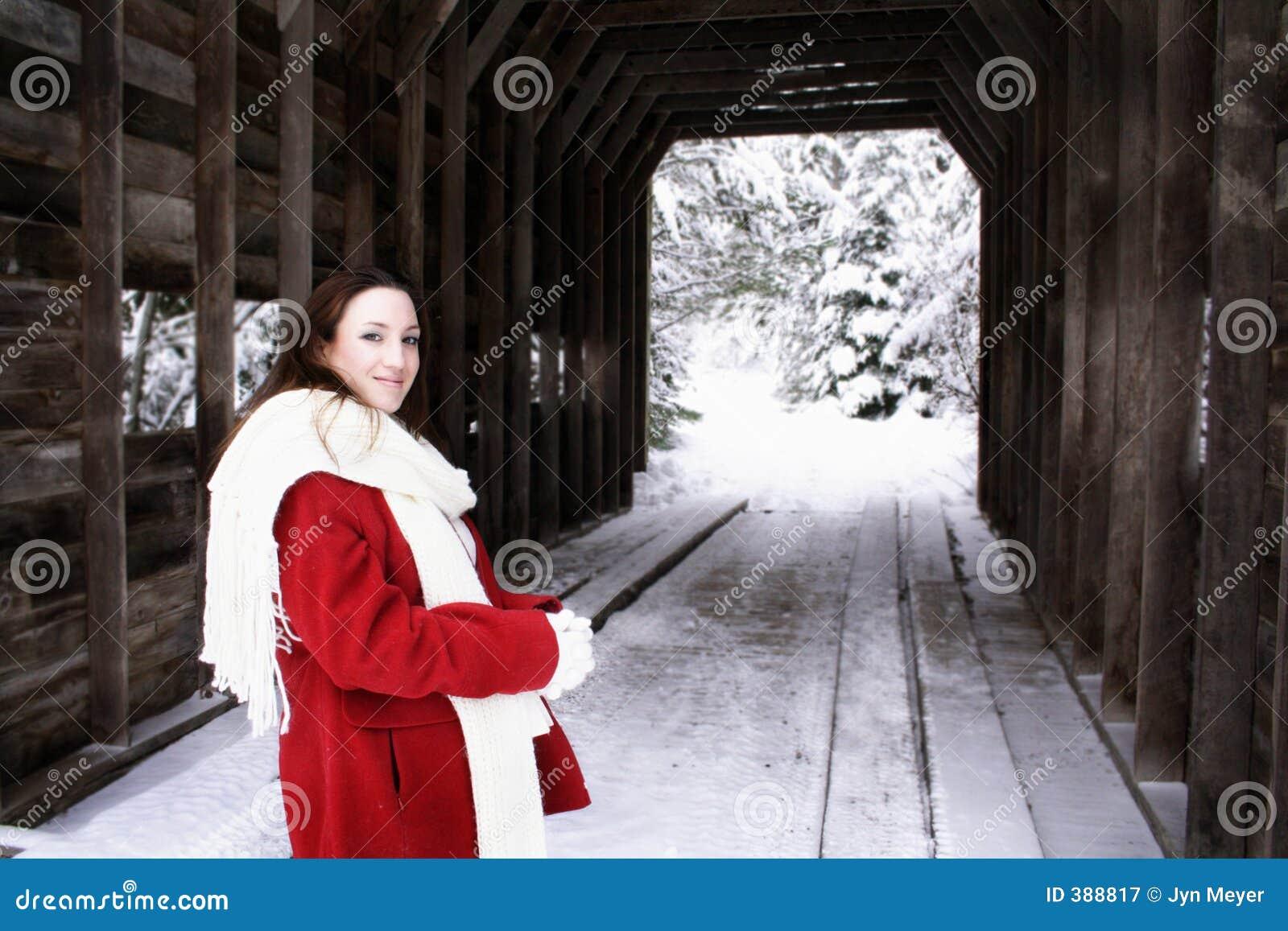 χειμερινή γυναίκα