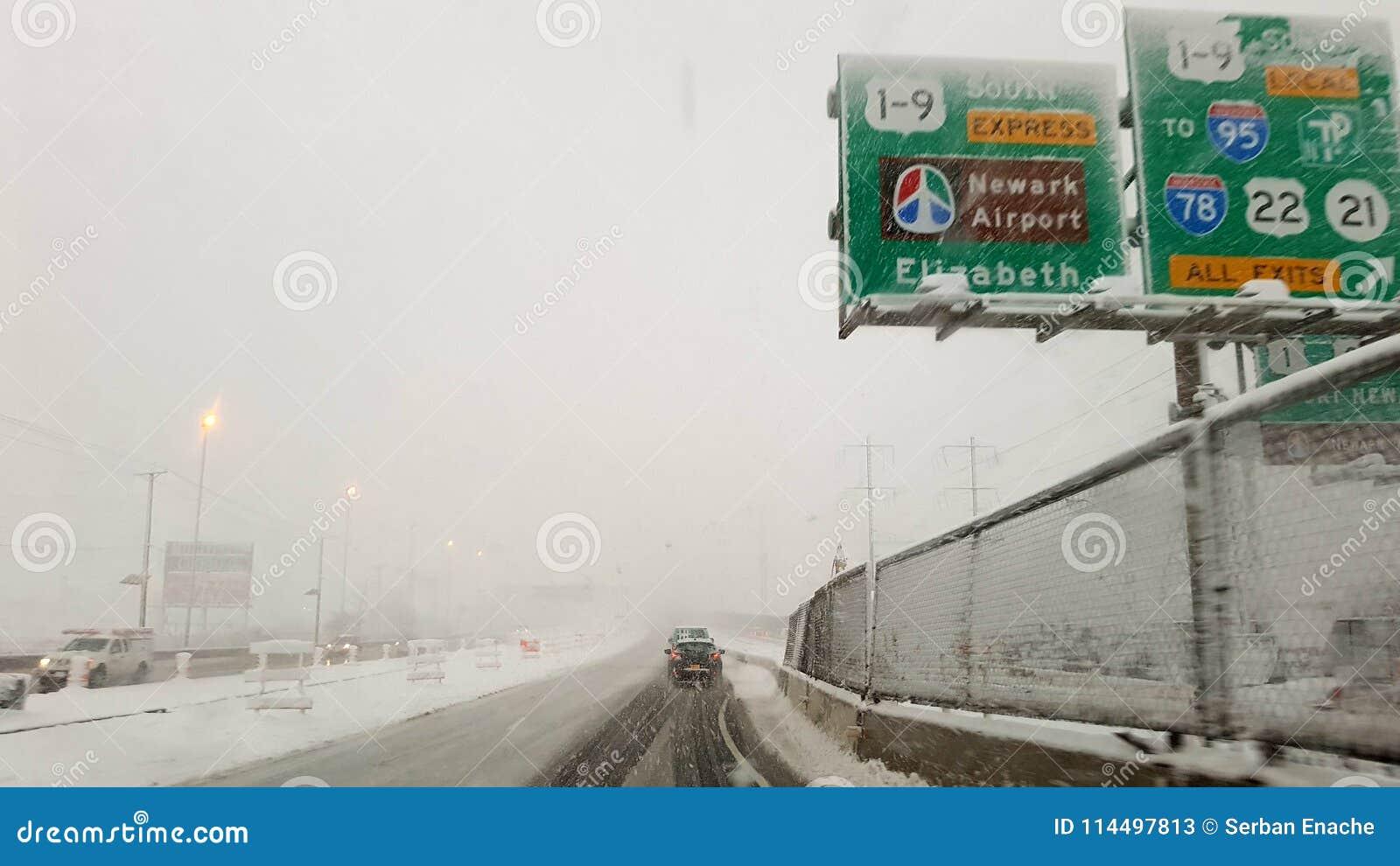 Χειμερινή εθνική οδός στον αερολιμένα του Newark