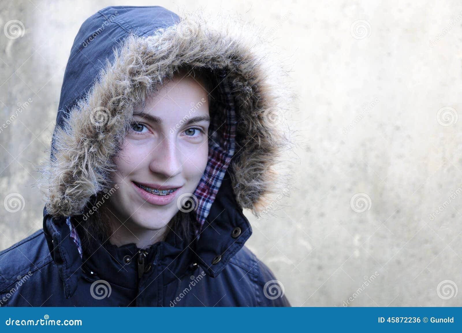 χειμώνας ήλιων χαμόγελου κοριτσιών ημέρας παιδιών