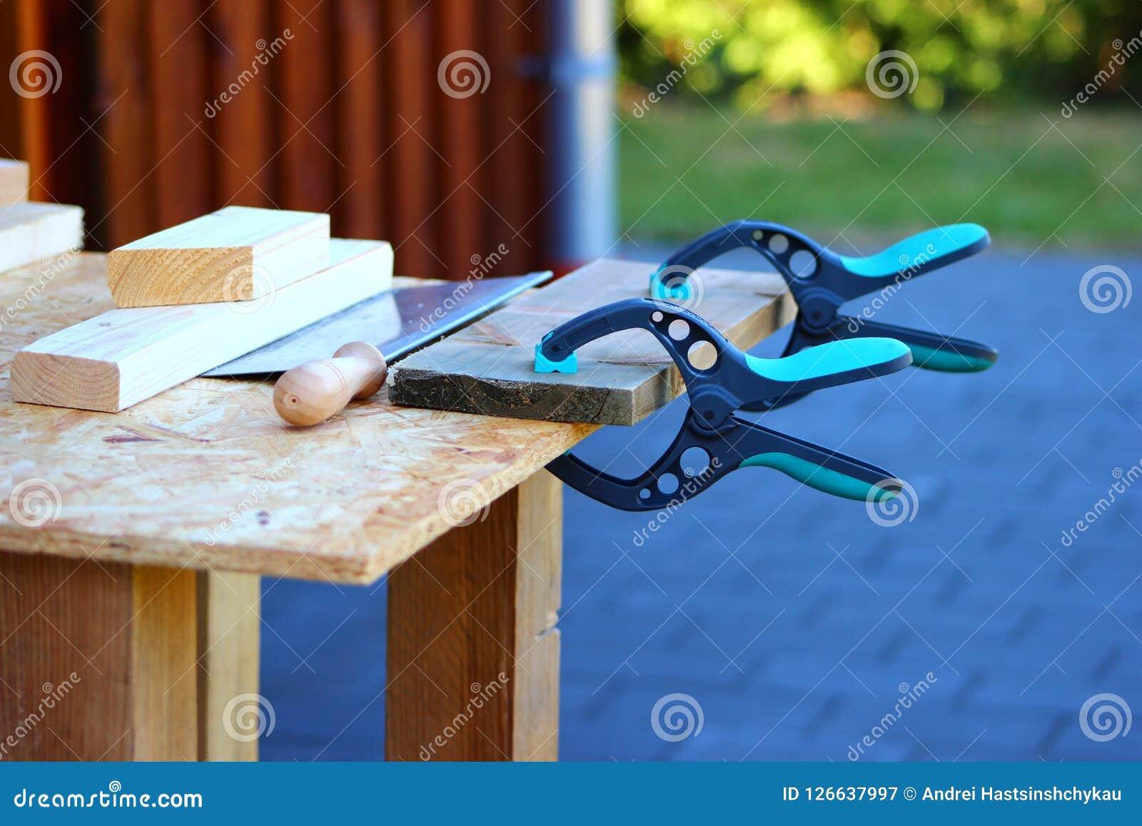 Χειρωνακτικό εργαλείο σφιγκτηρών και handsaw ξυλουργών