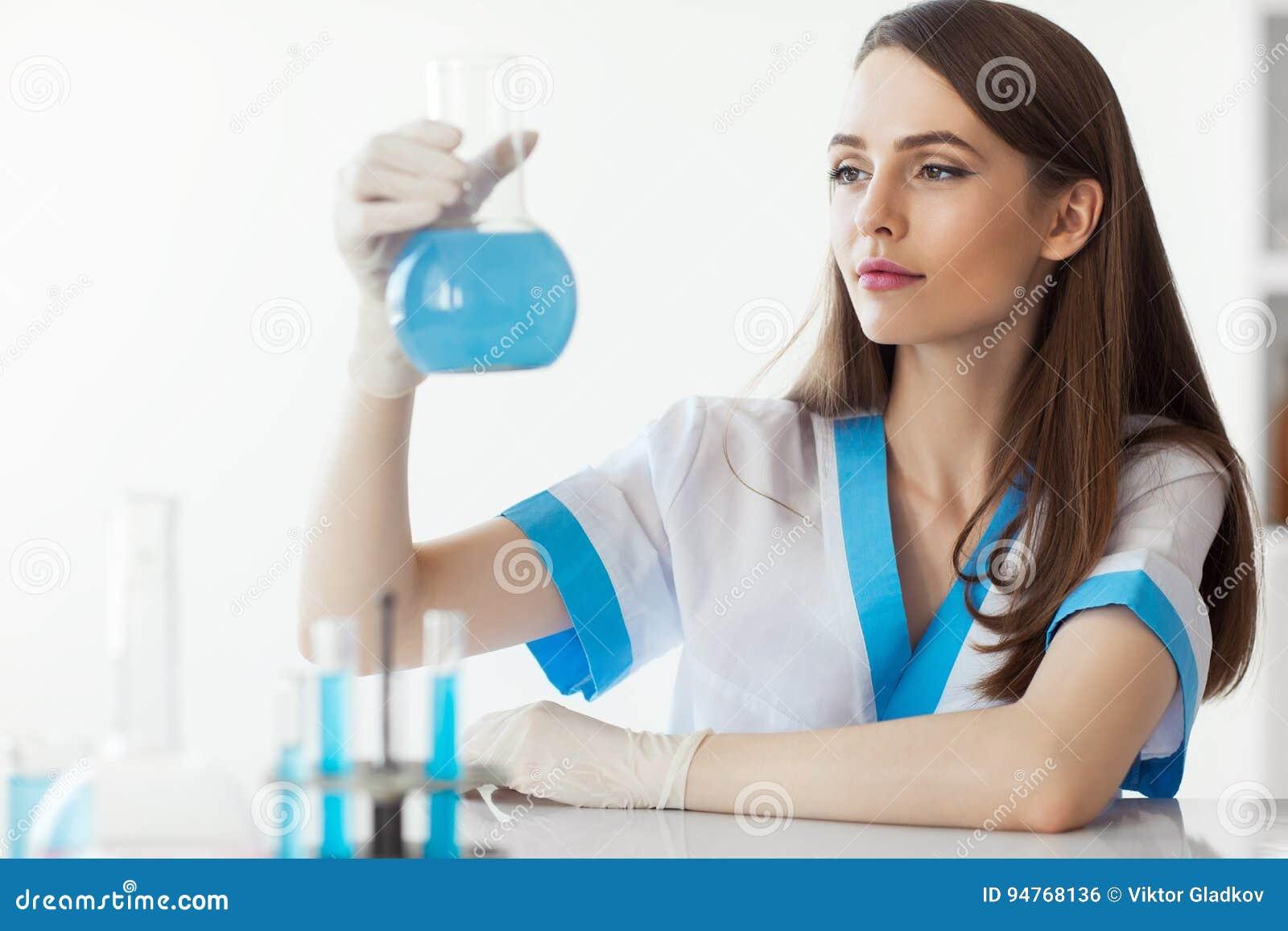 Χημική θηλυκή φιάλη εκμετάλλευσης ερευνητών στο εργαστήριο