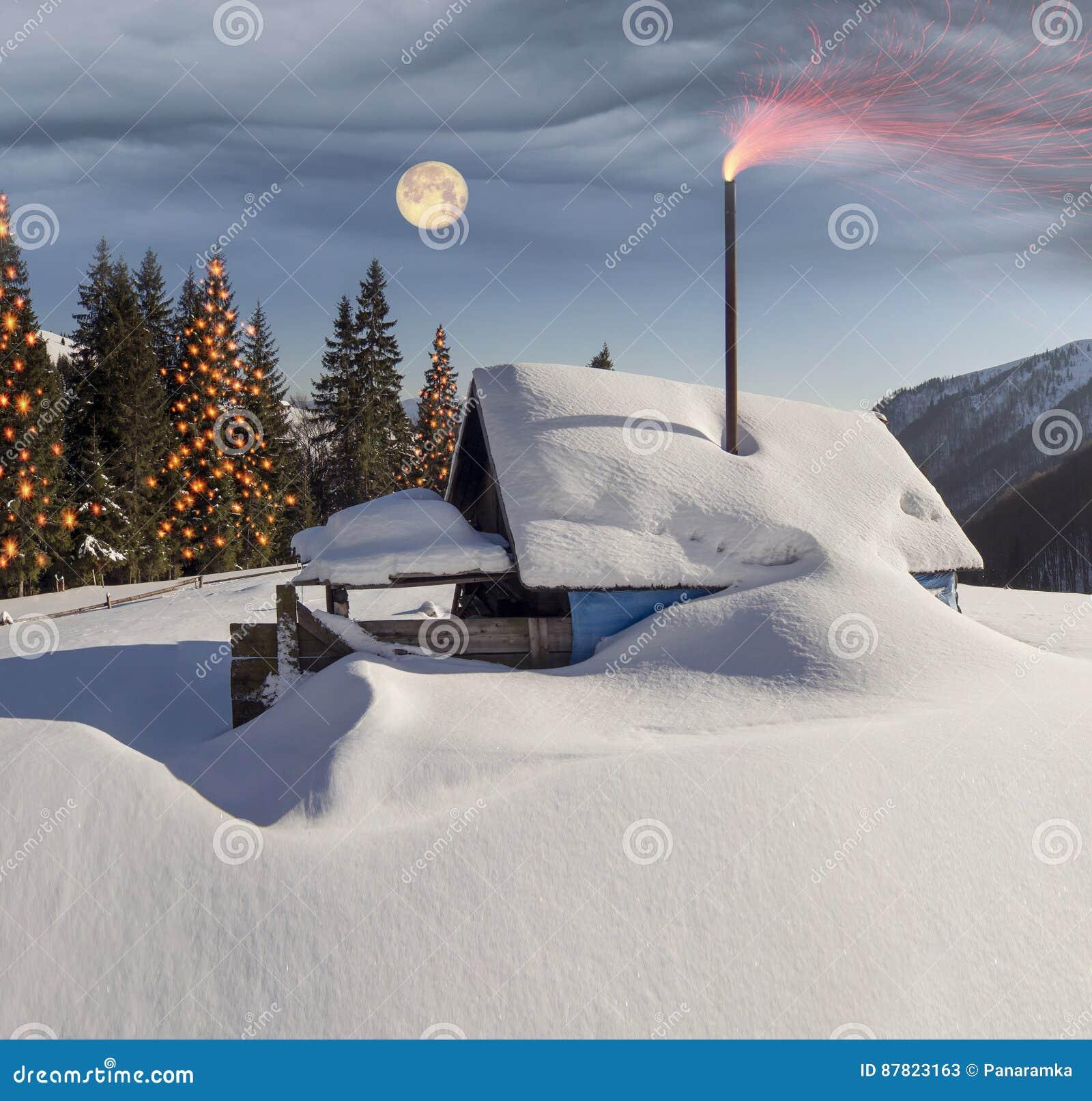 Χιονισμένα σπίτια Carpathians