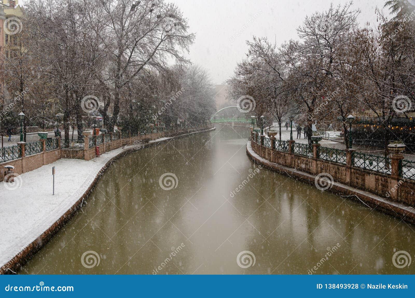 Χιονοπτώσεις στην πόλη
