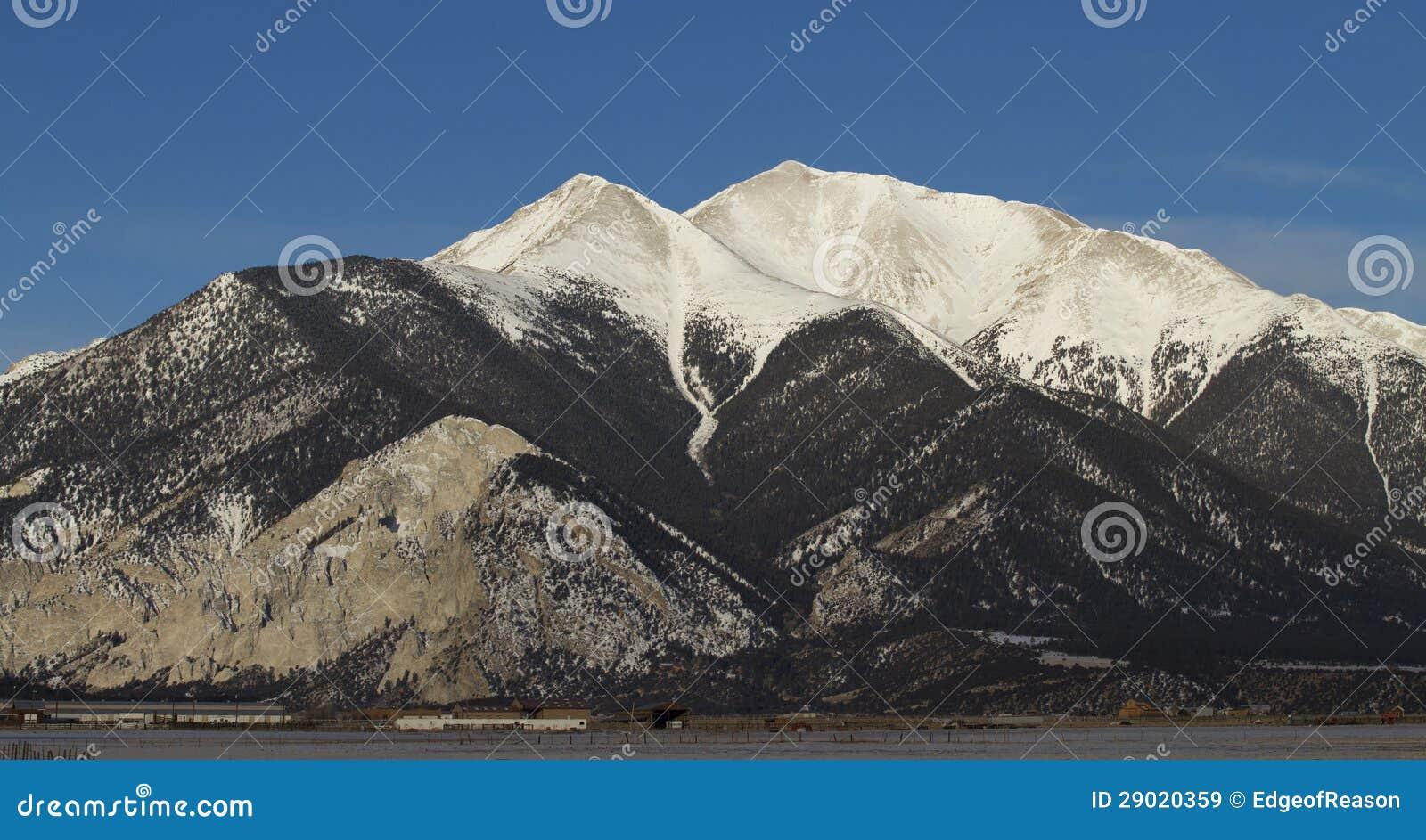 Χιονώδες βουνό