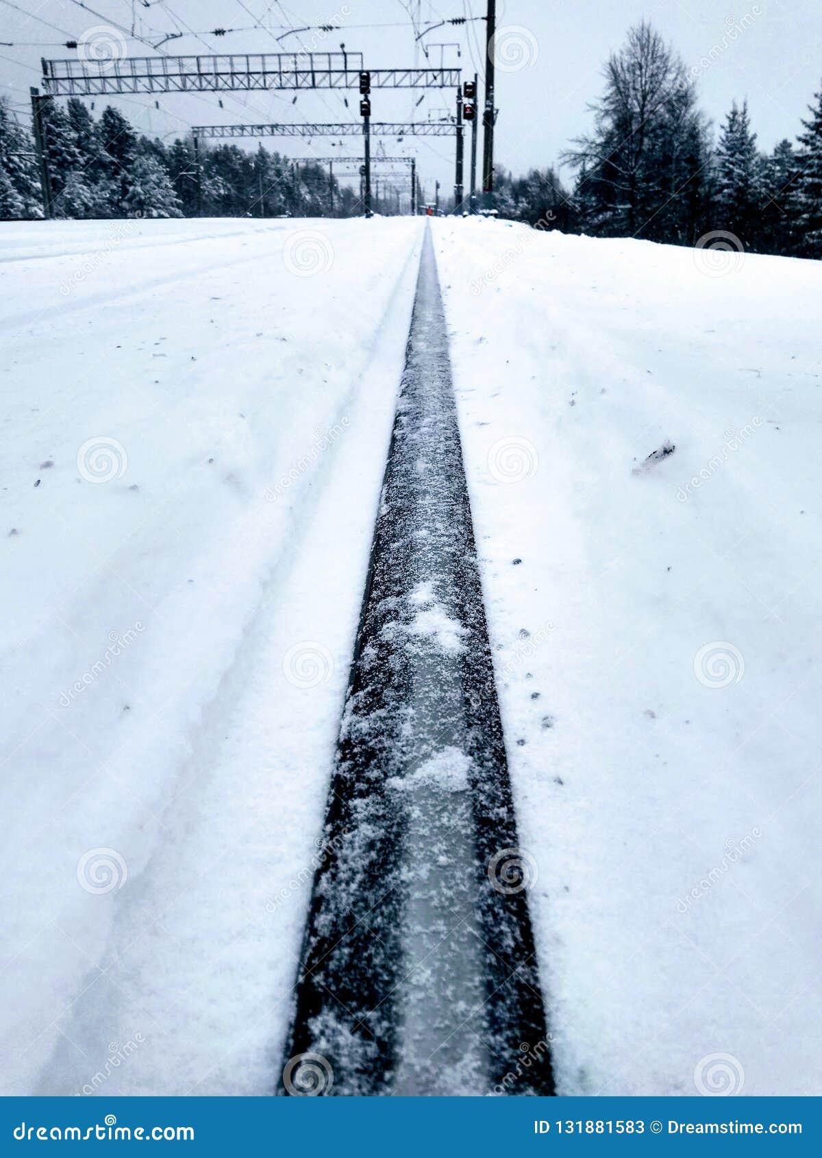 Χιόνι στις διαδρομές