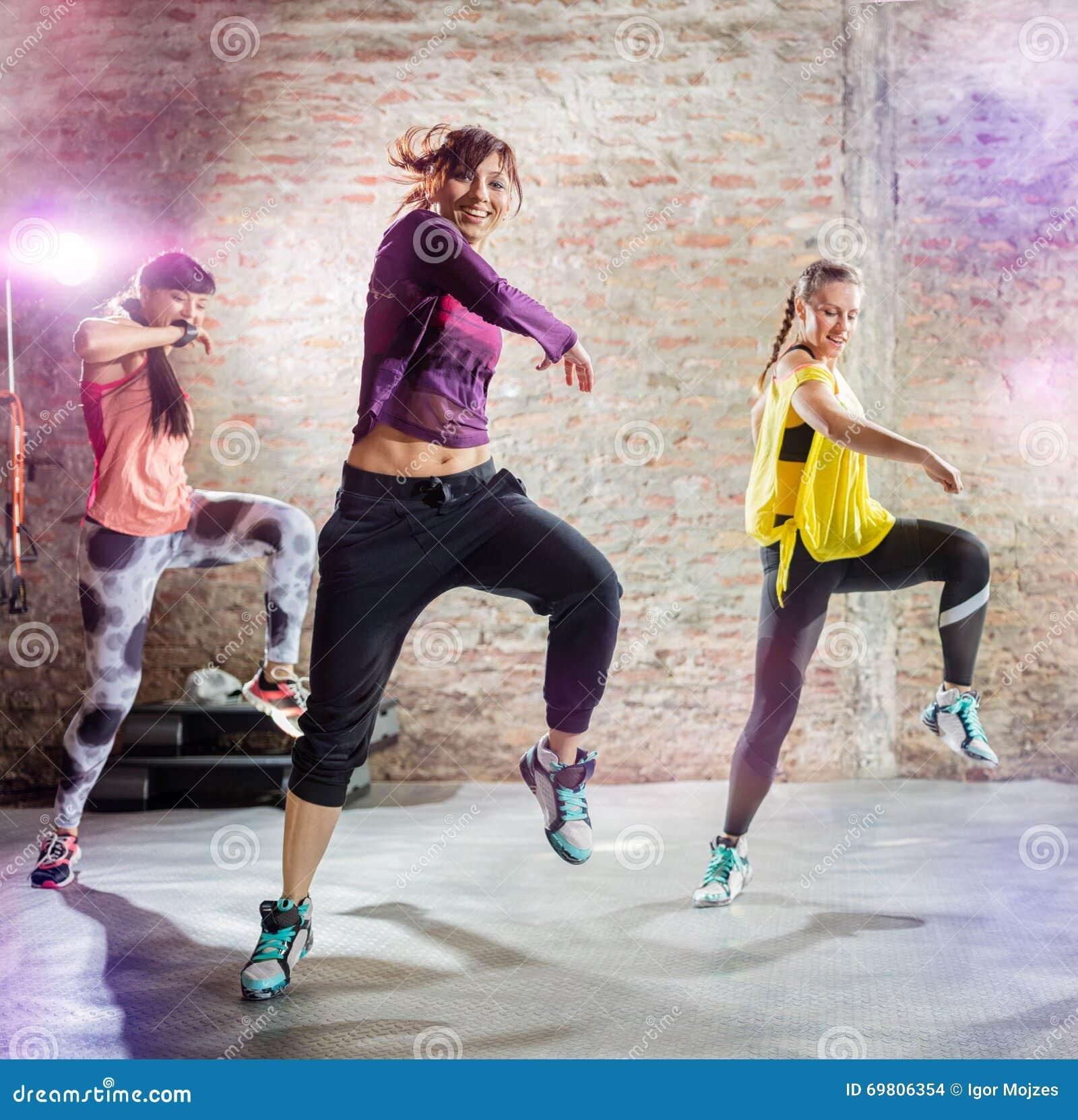 Χορός workout