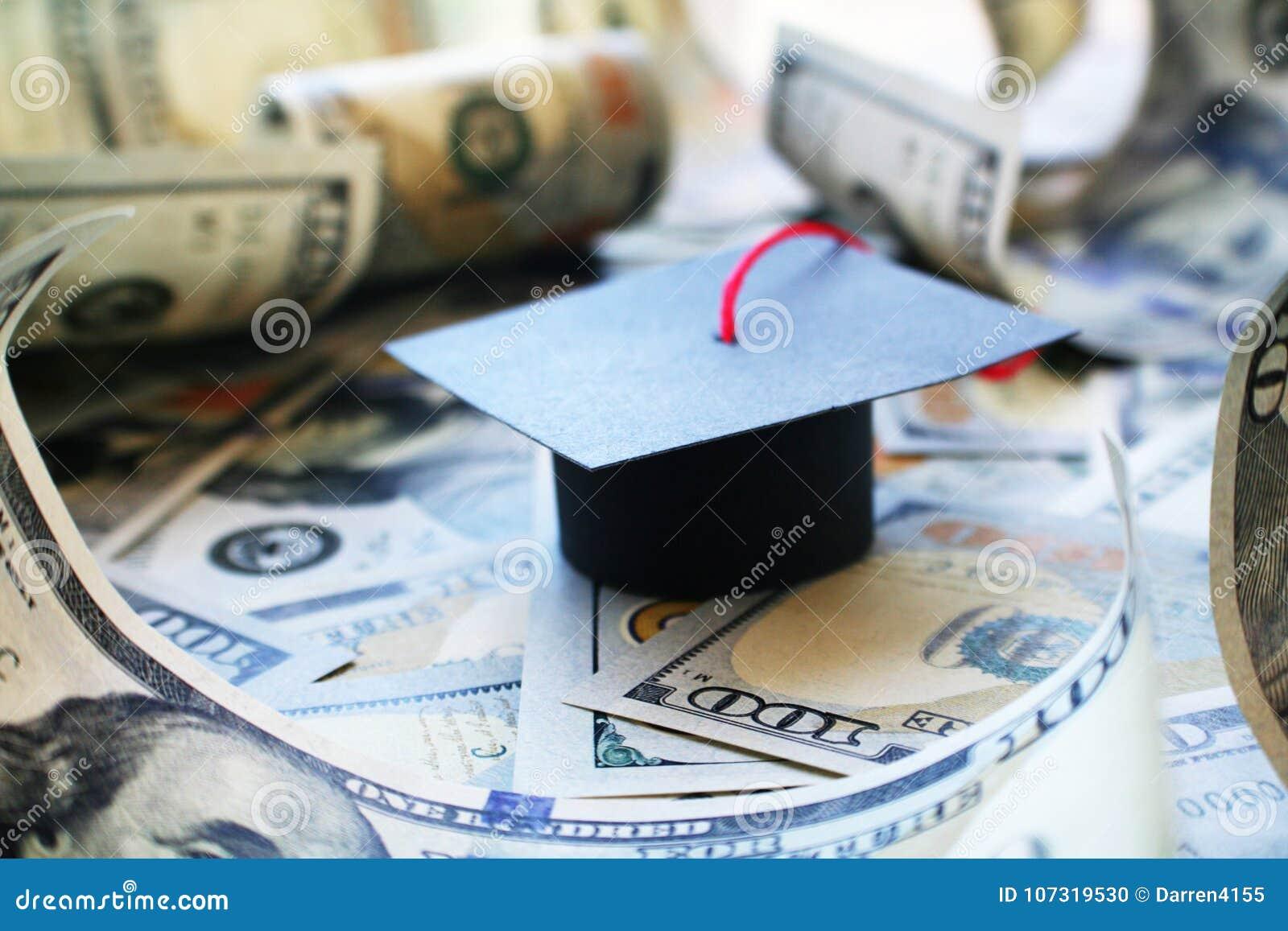 Χρέος δανείου σπουδαστών με τη βαθμολόγηση ΚΑΠ στα χρήματα Barrowed