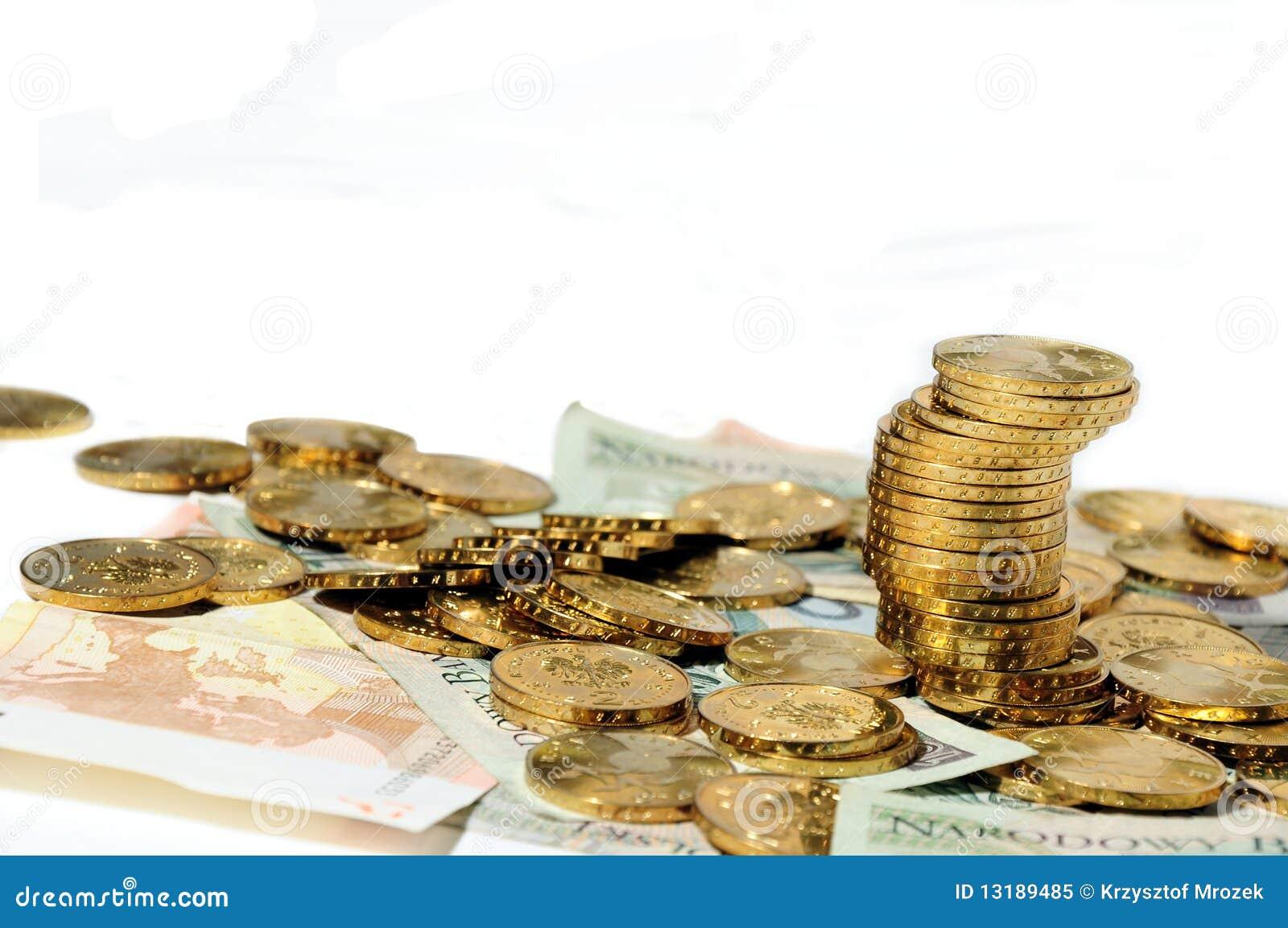 χρήματα διεσπαρμένα