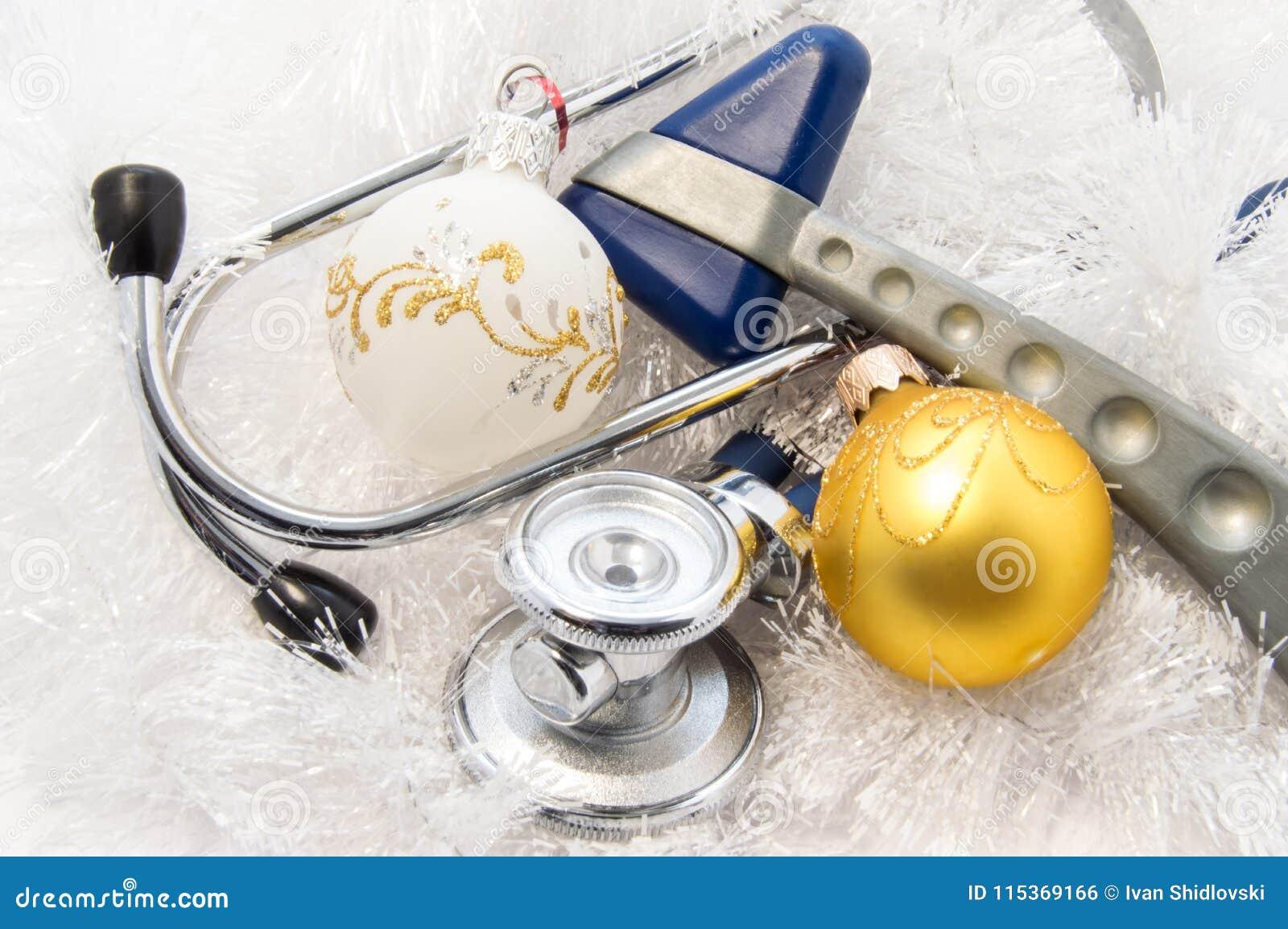 Χριστούγεννα και νέο έτος στην ιδέα ιατρικής Η εσωτερική ιατρική στηθοσκοπίων και η νευρολογικές νευρολογία και η νευρολογία σφυρ